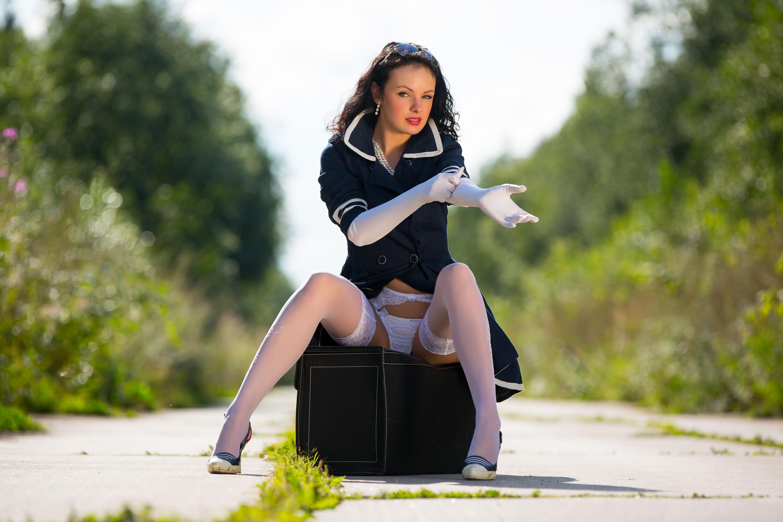 Download photo 5760x3840, katie, brunette, sexy girl