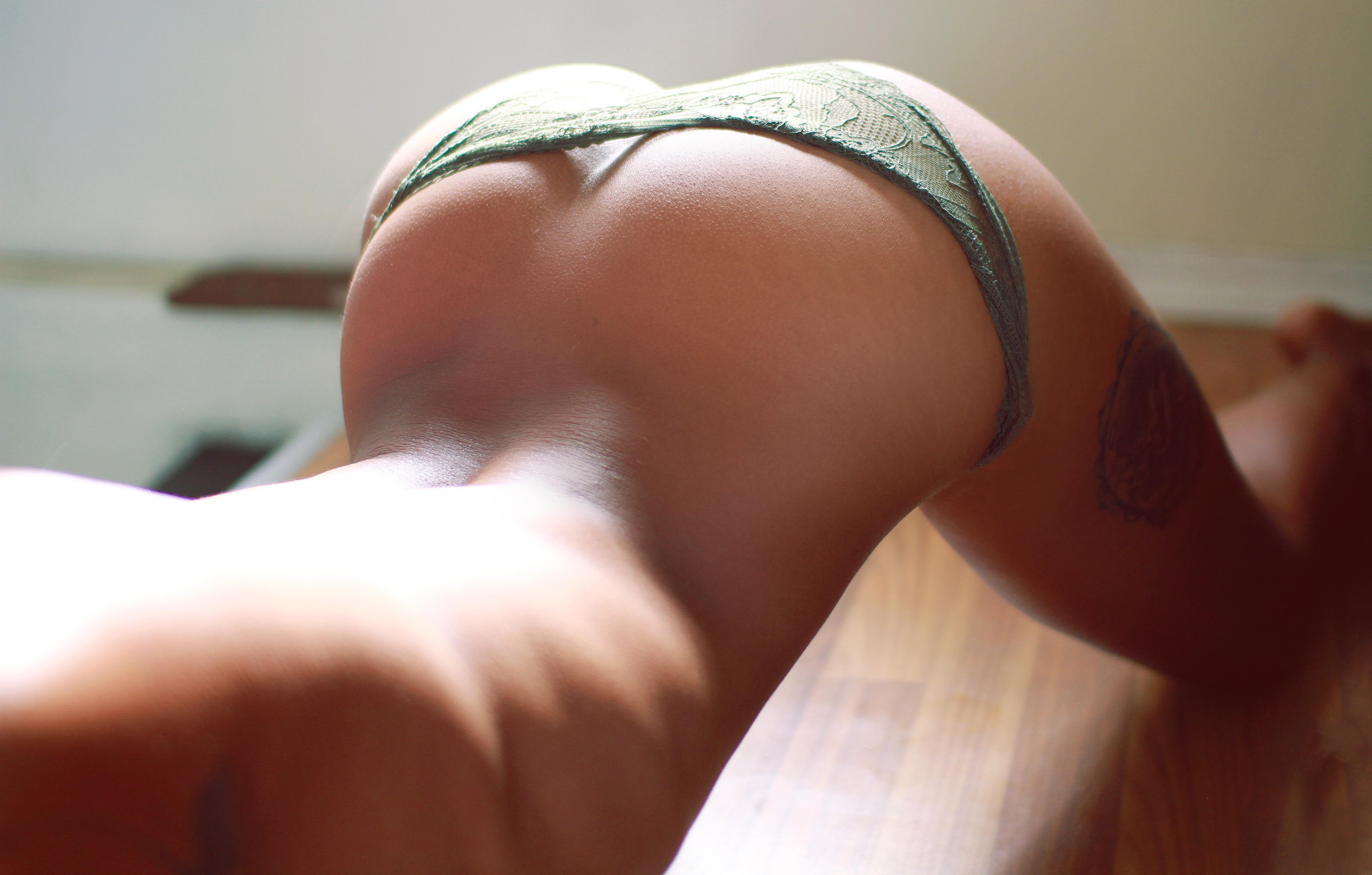 Skinny hairy mature solo