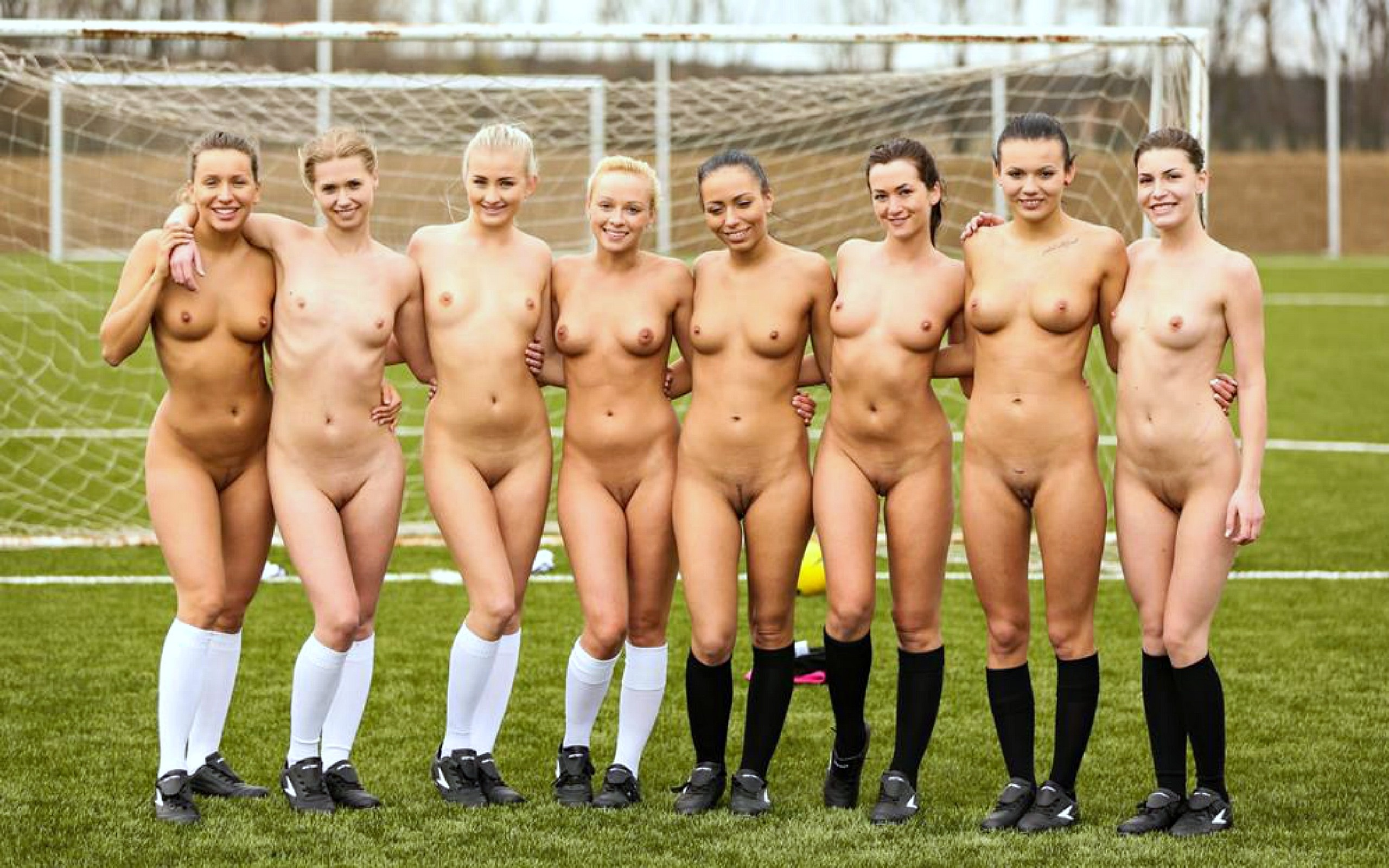 Wallpaper Soccer, Girls, Group, Naked, Tits, Nipples -8245