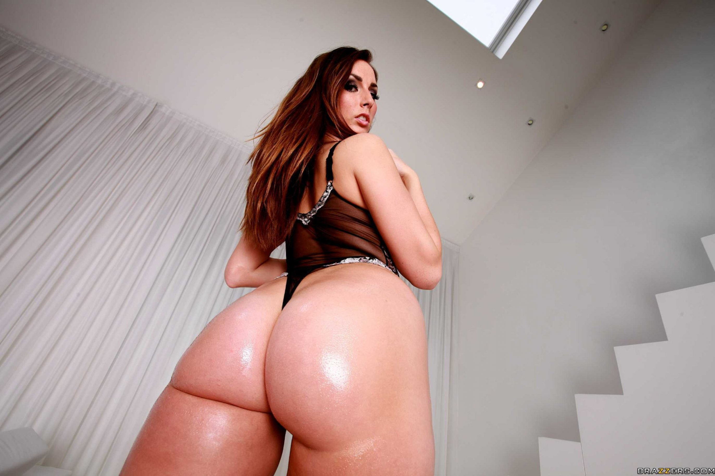 Big butt pornstars like it big — photo 3
