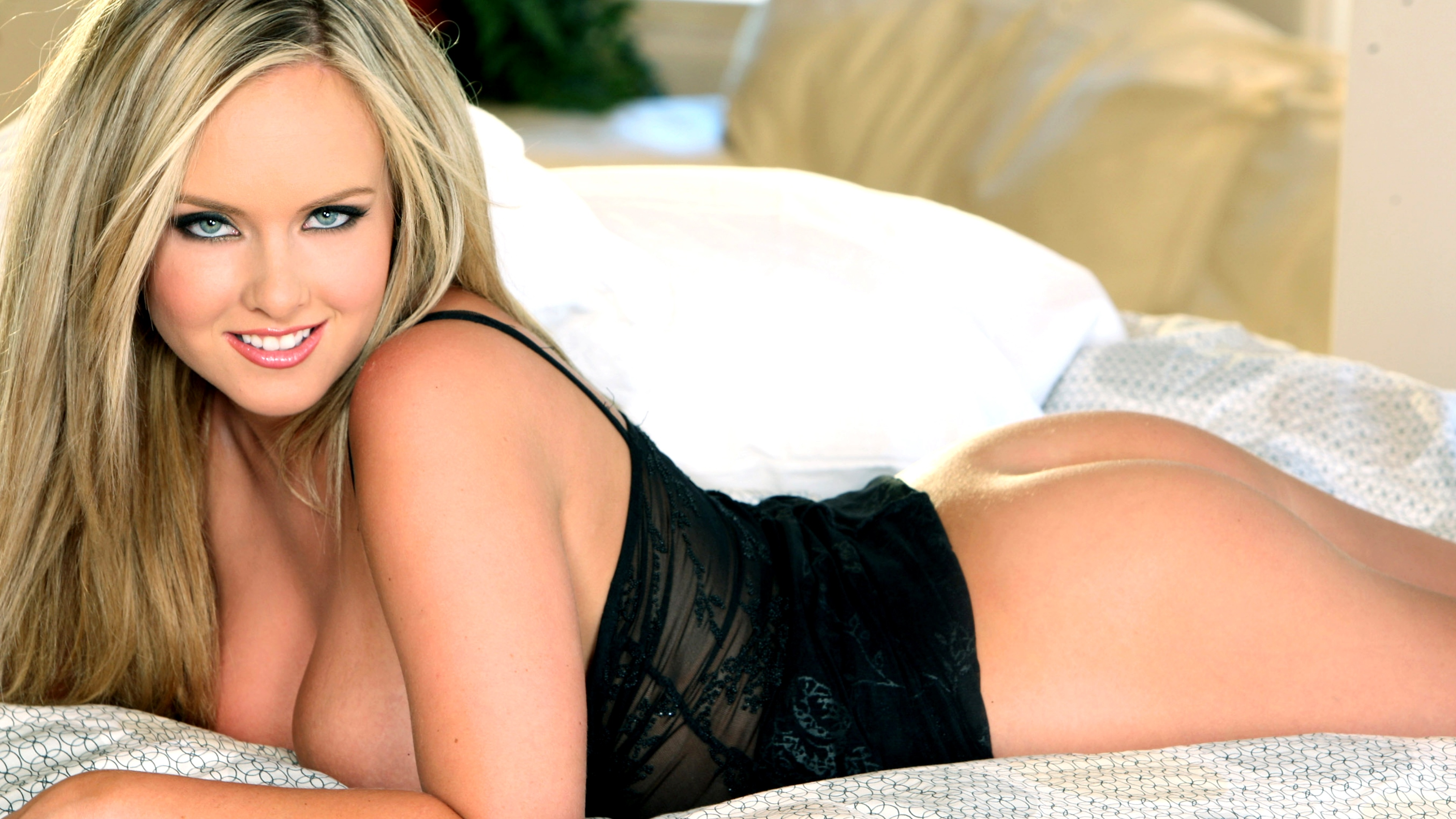 Wallpaper Brittanys Bod, Model, Amazing, Blonde, Big Boobs -5154