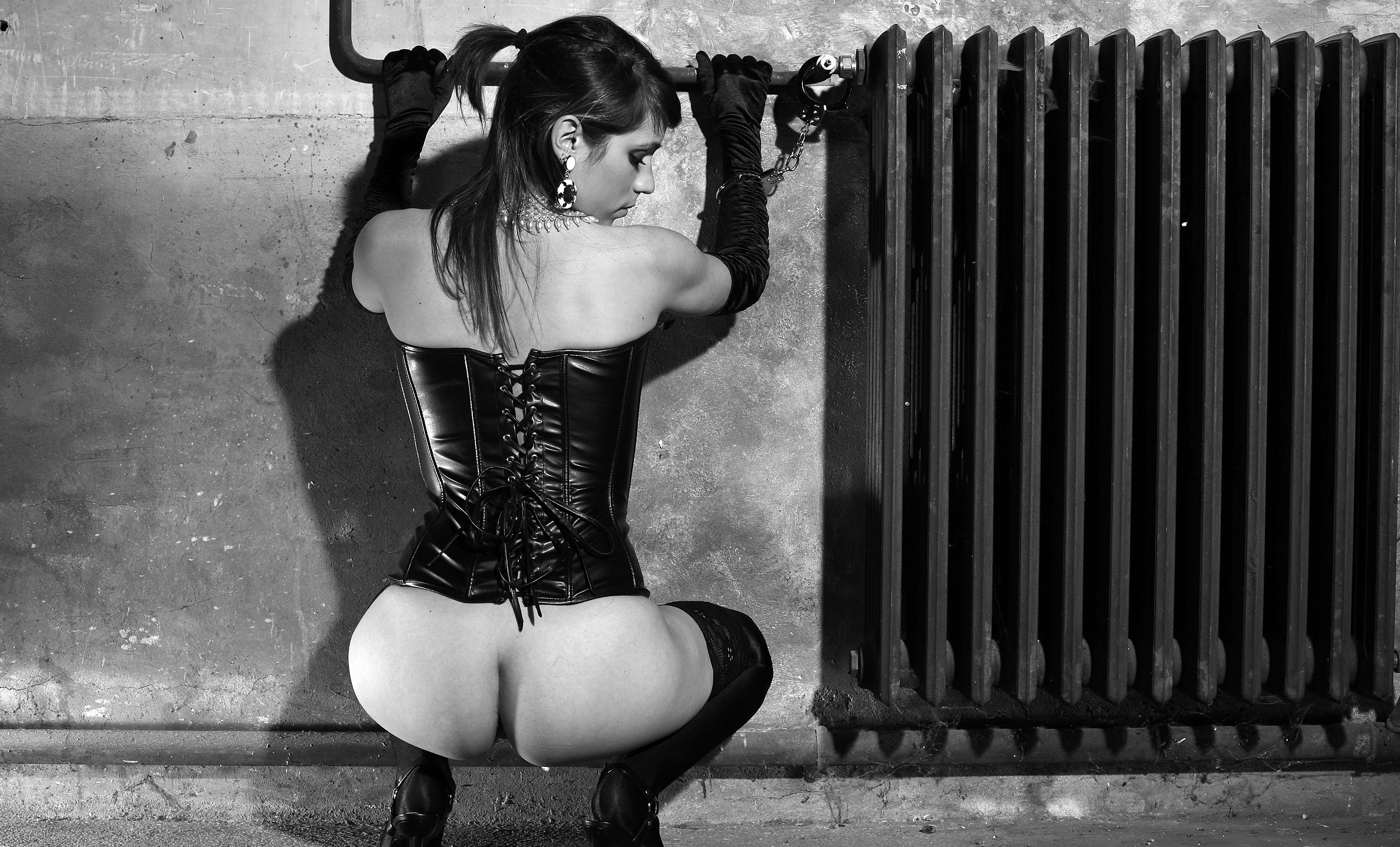 and white black Submissive
