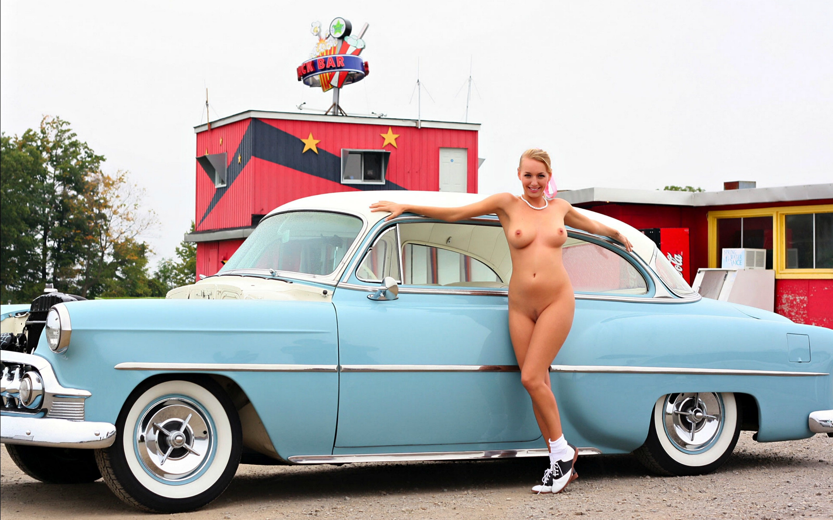 Nudes With Old Cars 53