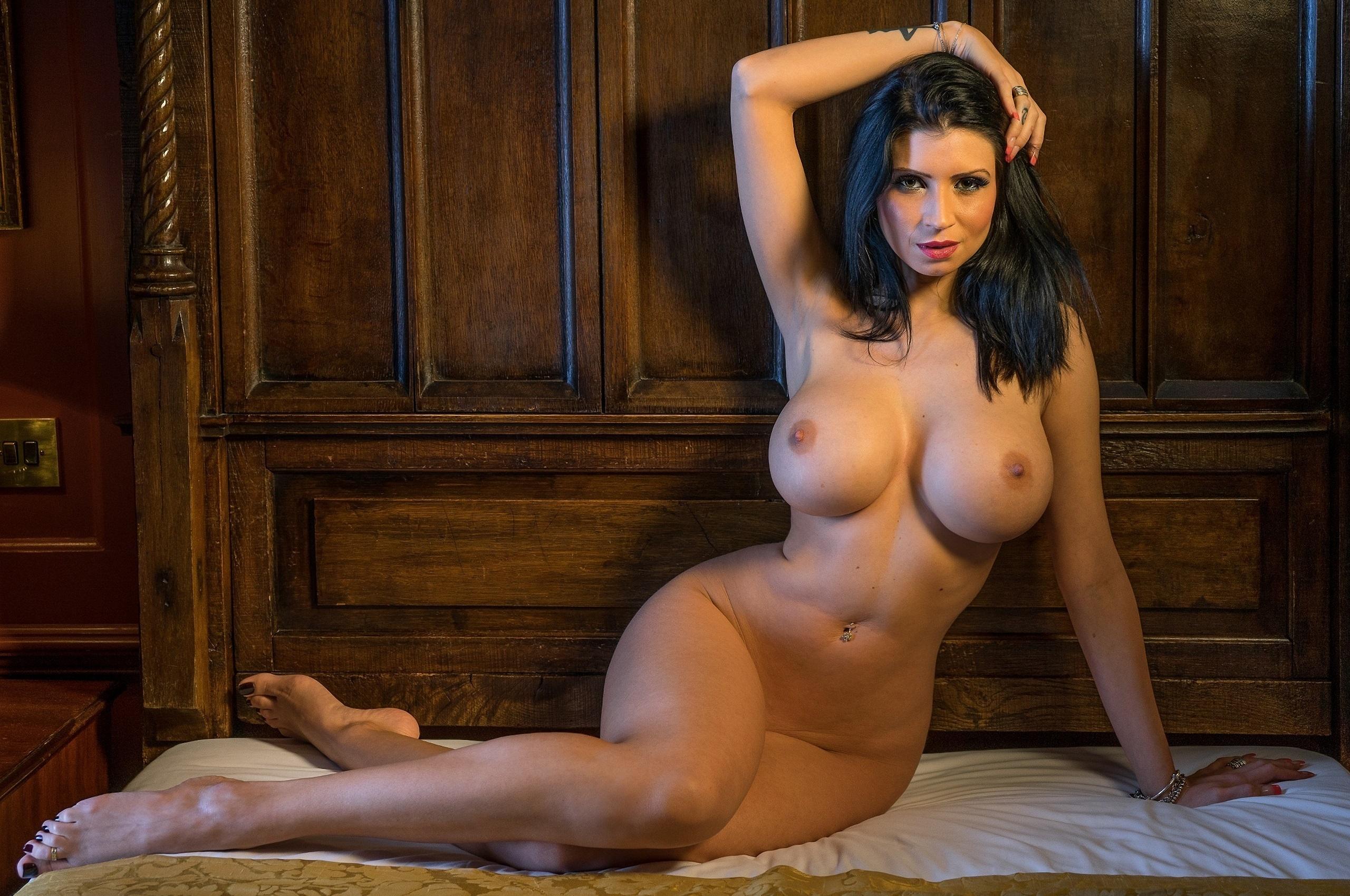 Naked bar key west