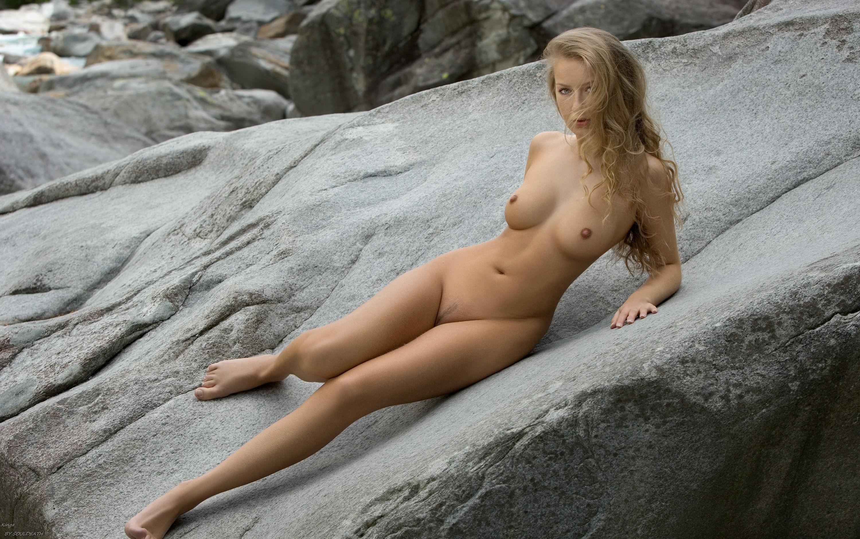 Фото галерея женщин голие 20 фотография