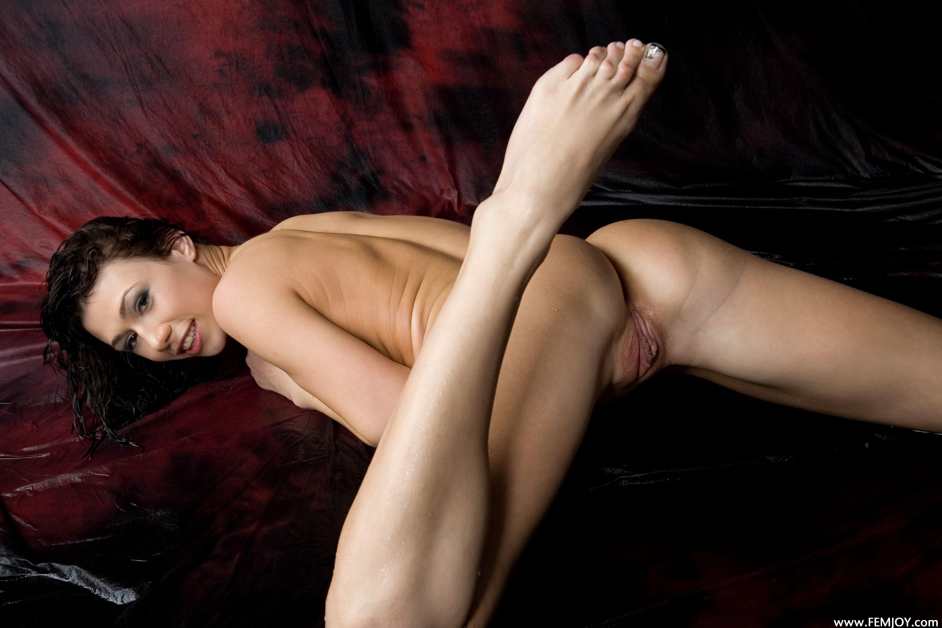 Nudeass