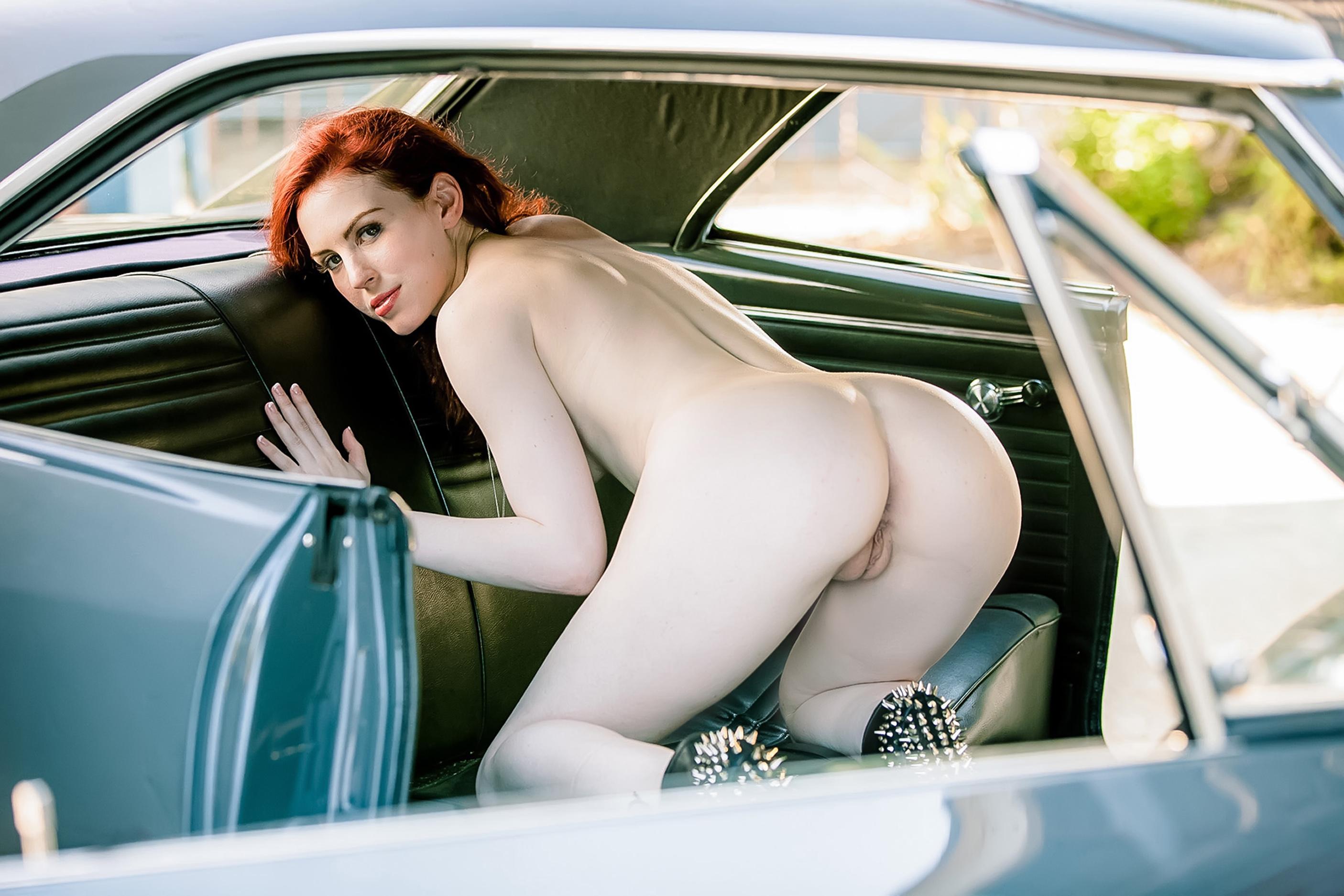 sexy naked lauren cohan