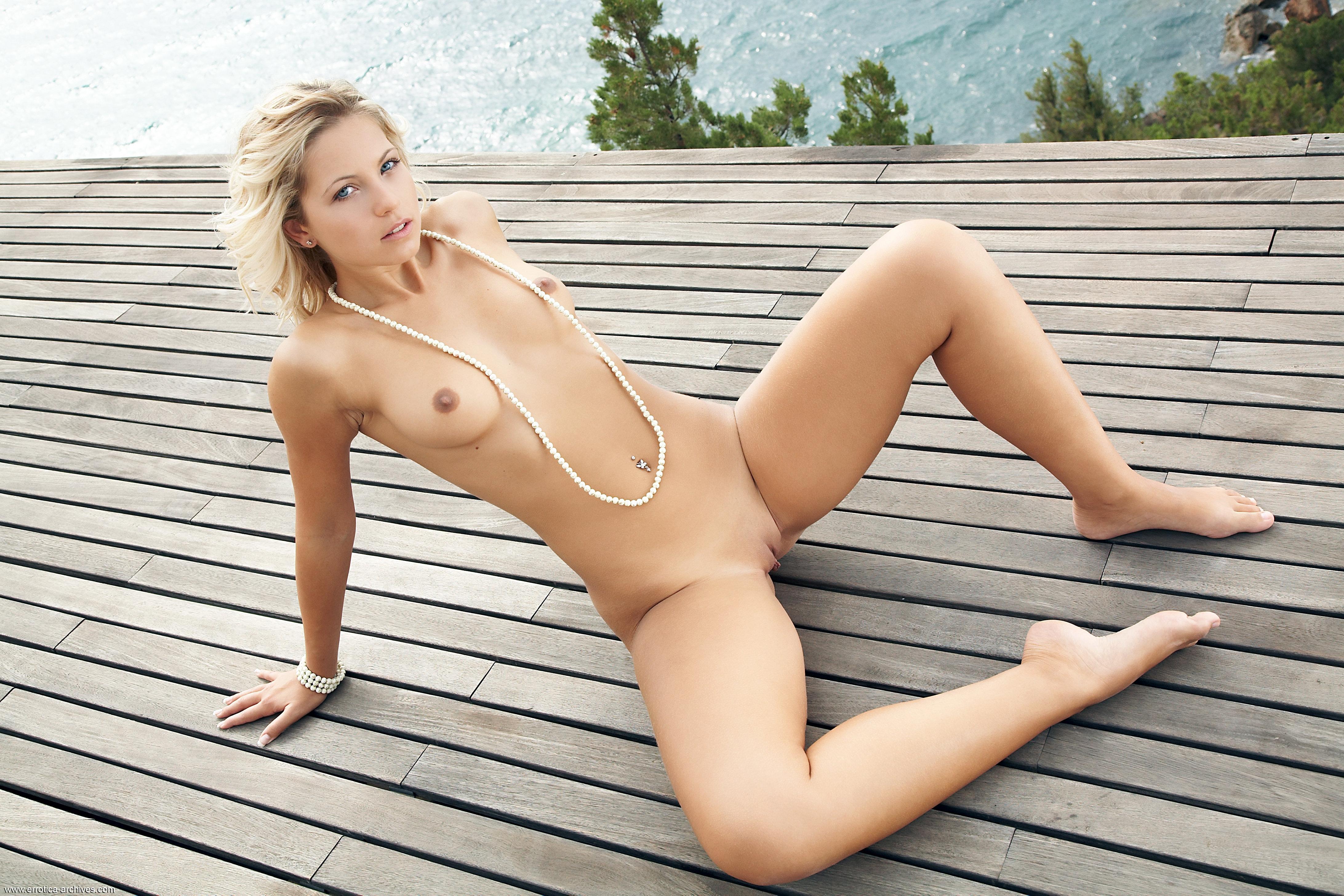 Jenni kohoutova having sex really