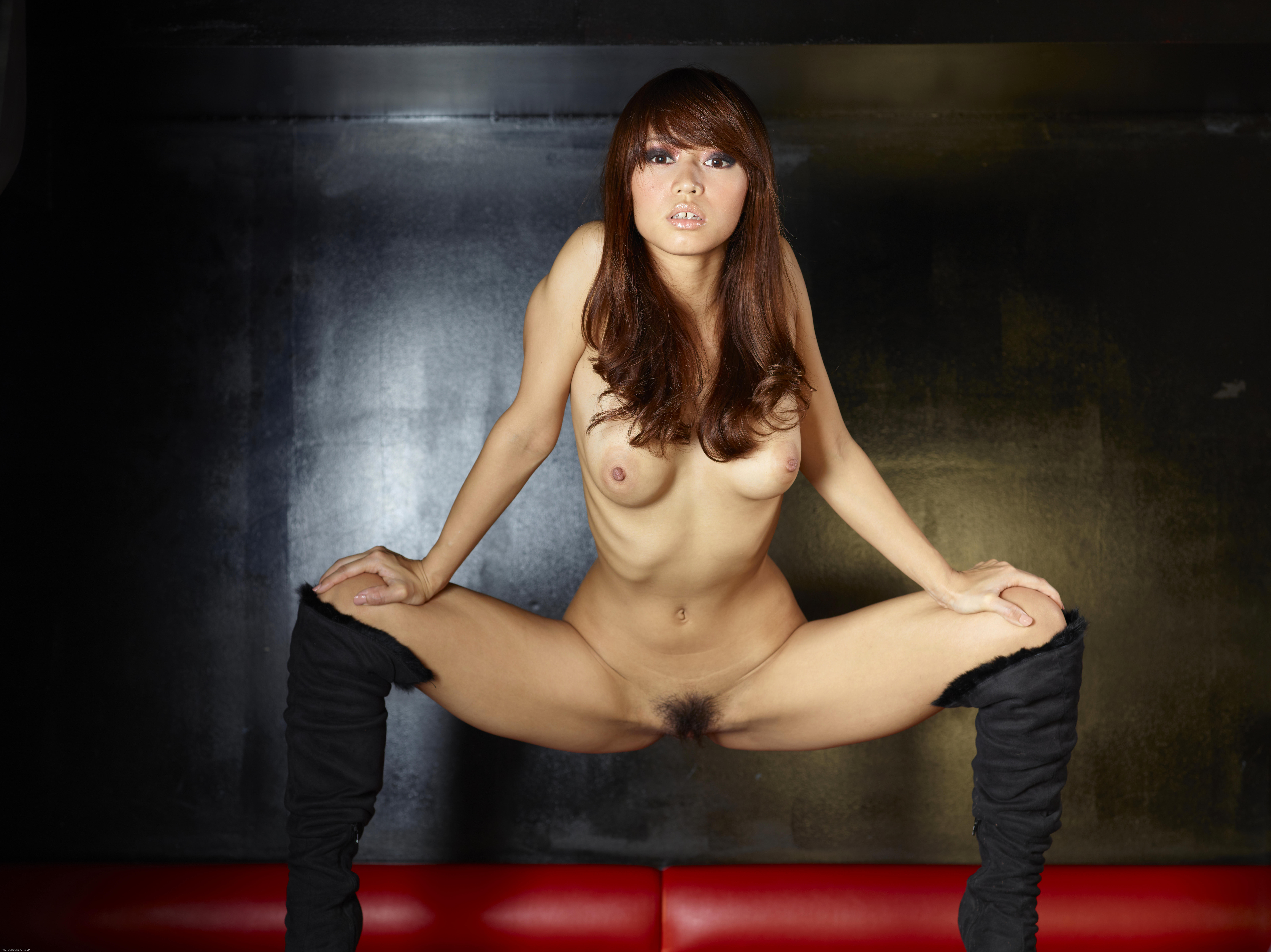 nude chinese girl in boots