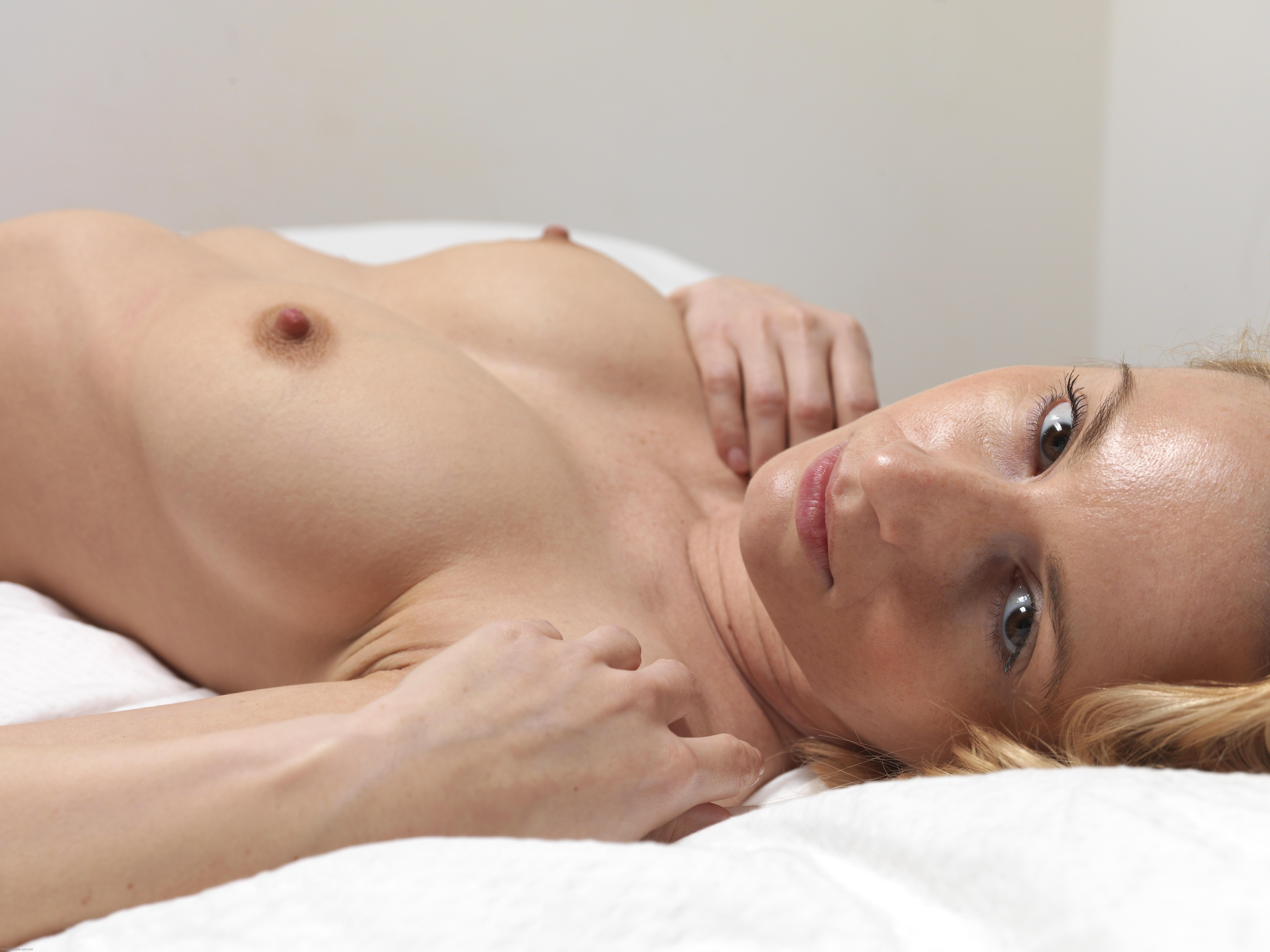 iphone porn milky boob videos