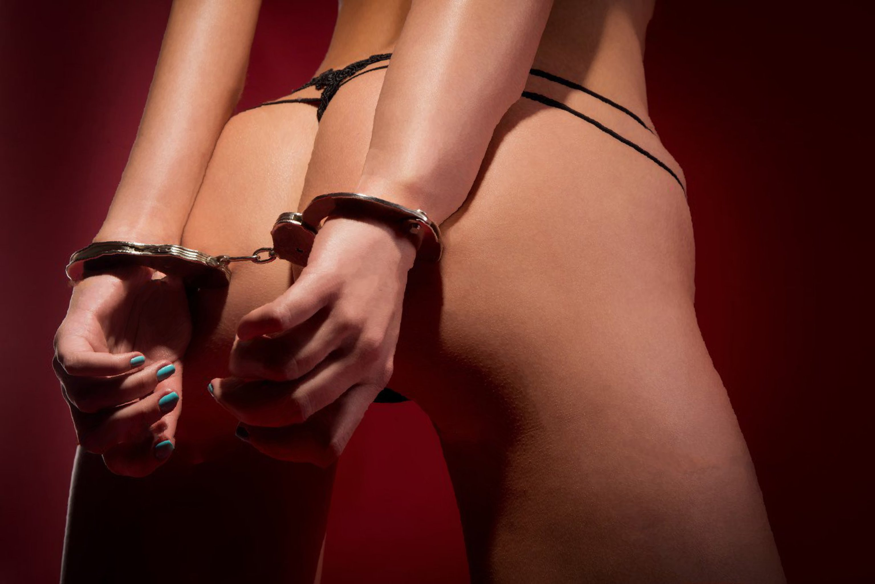 Wall handcuff bdsm matchless message