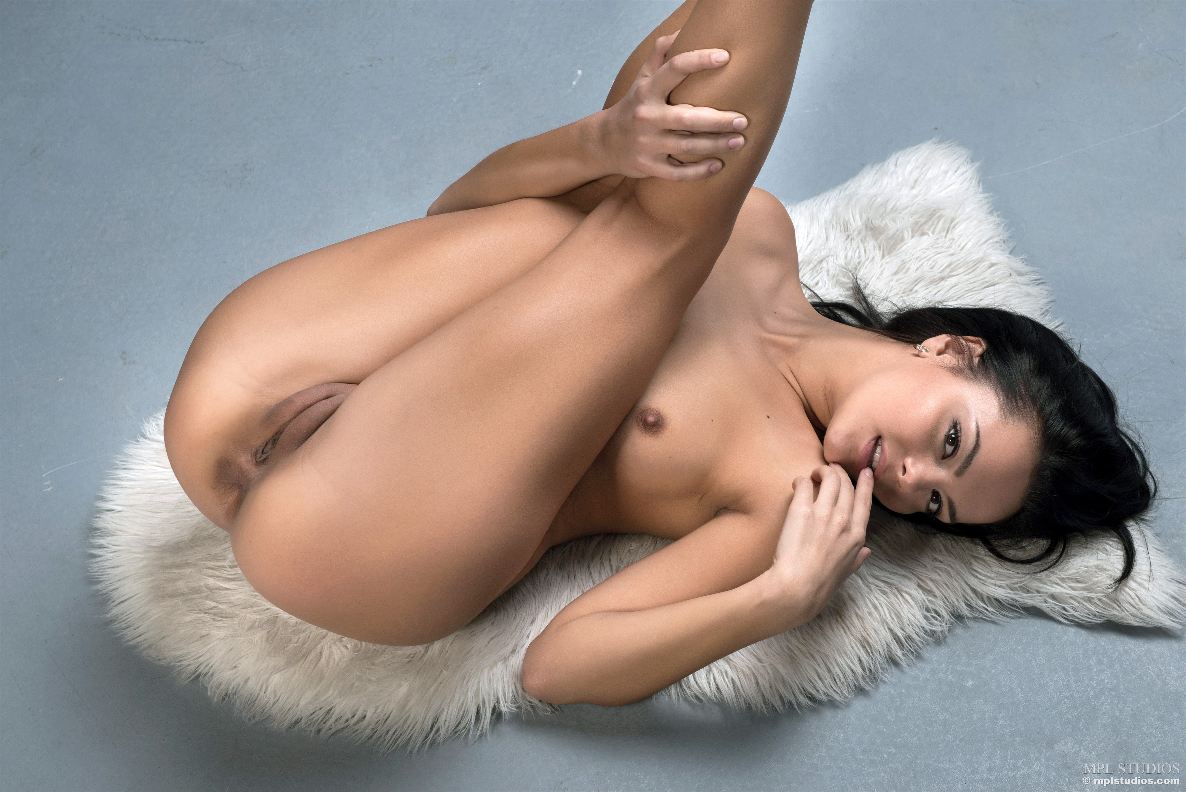Tits topless ass legs