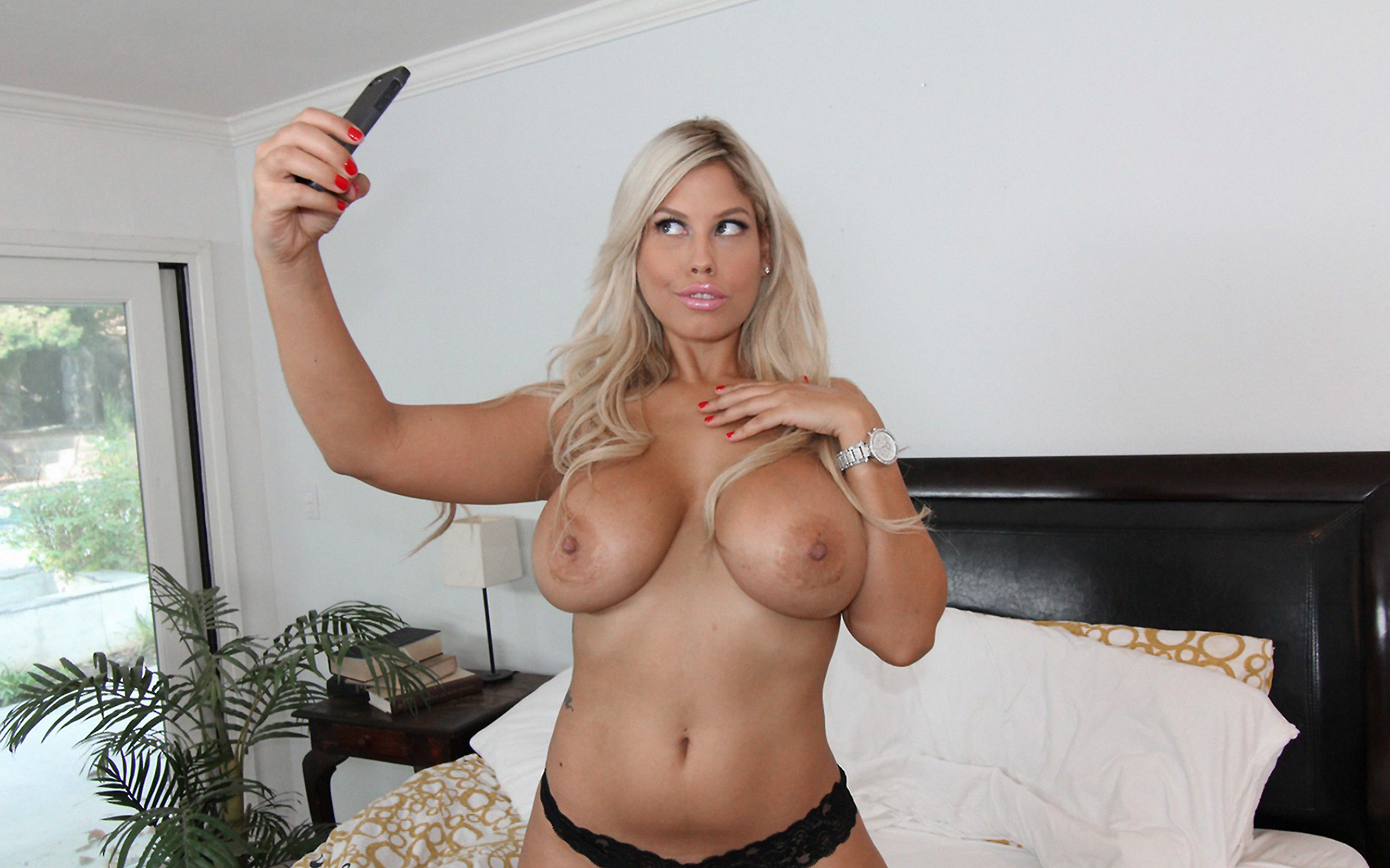 Milf huge tits video-5790
