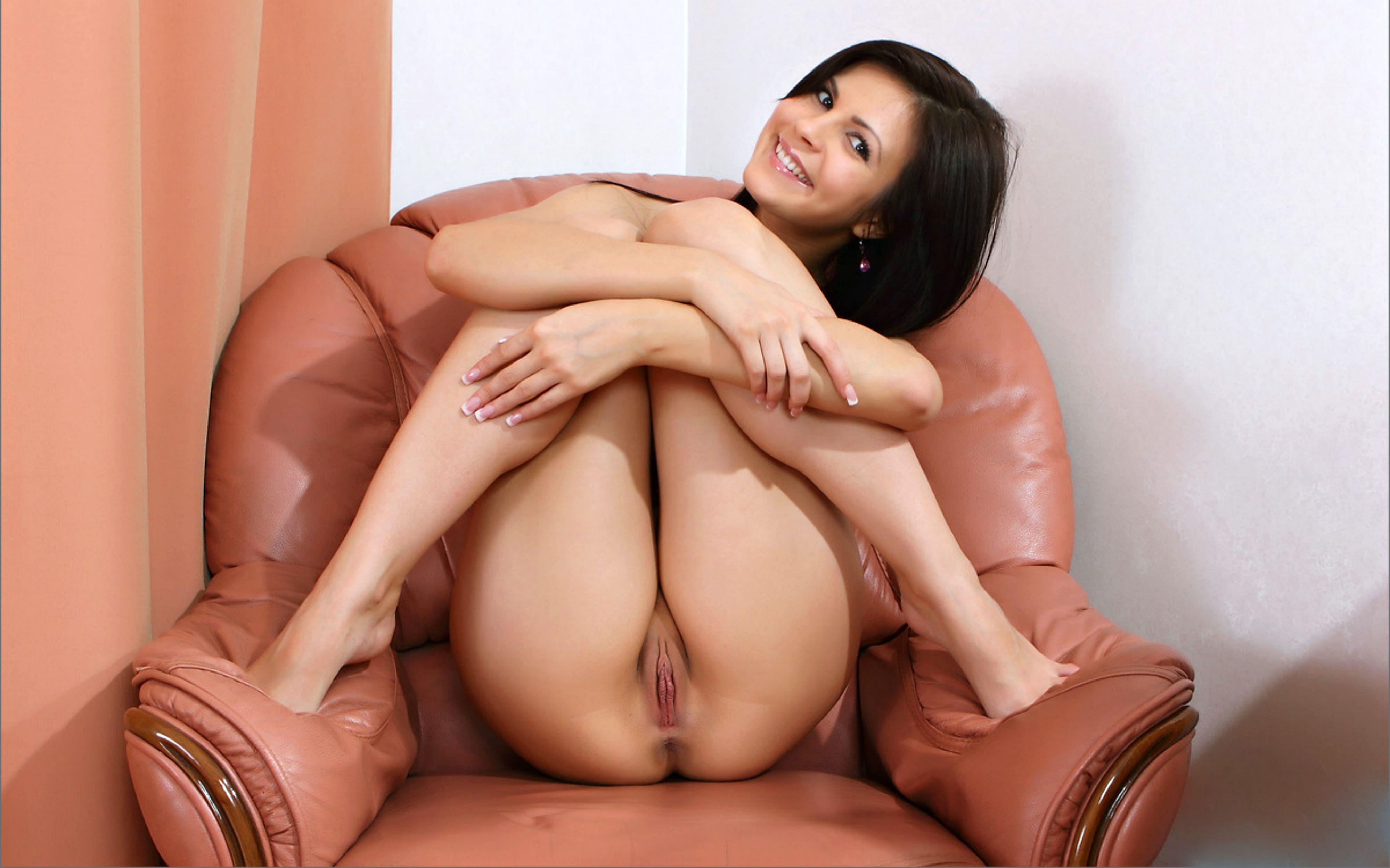Смотреть красивое порно онлайн с брюнетками 12 фотография