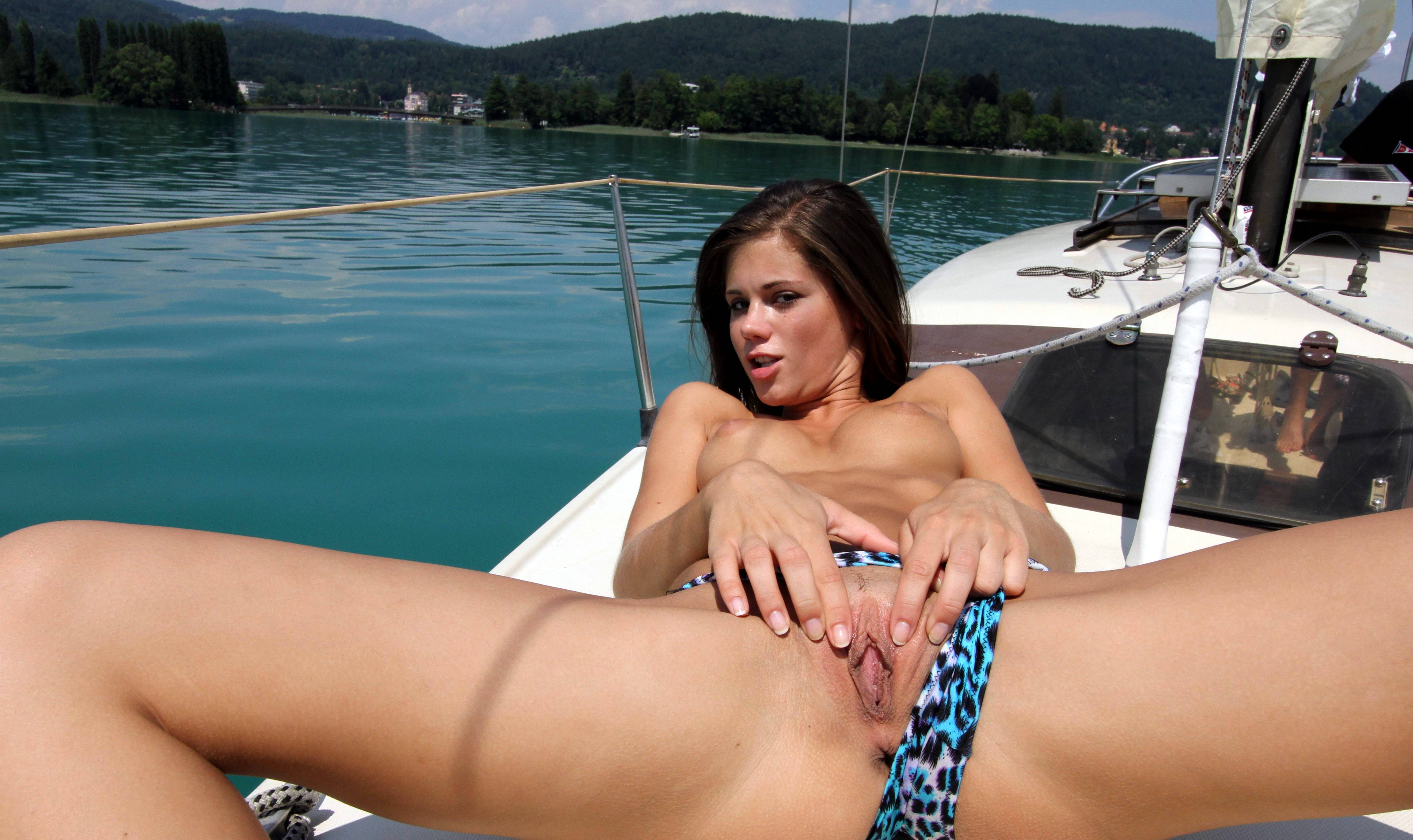 Think, nude girl on the boat