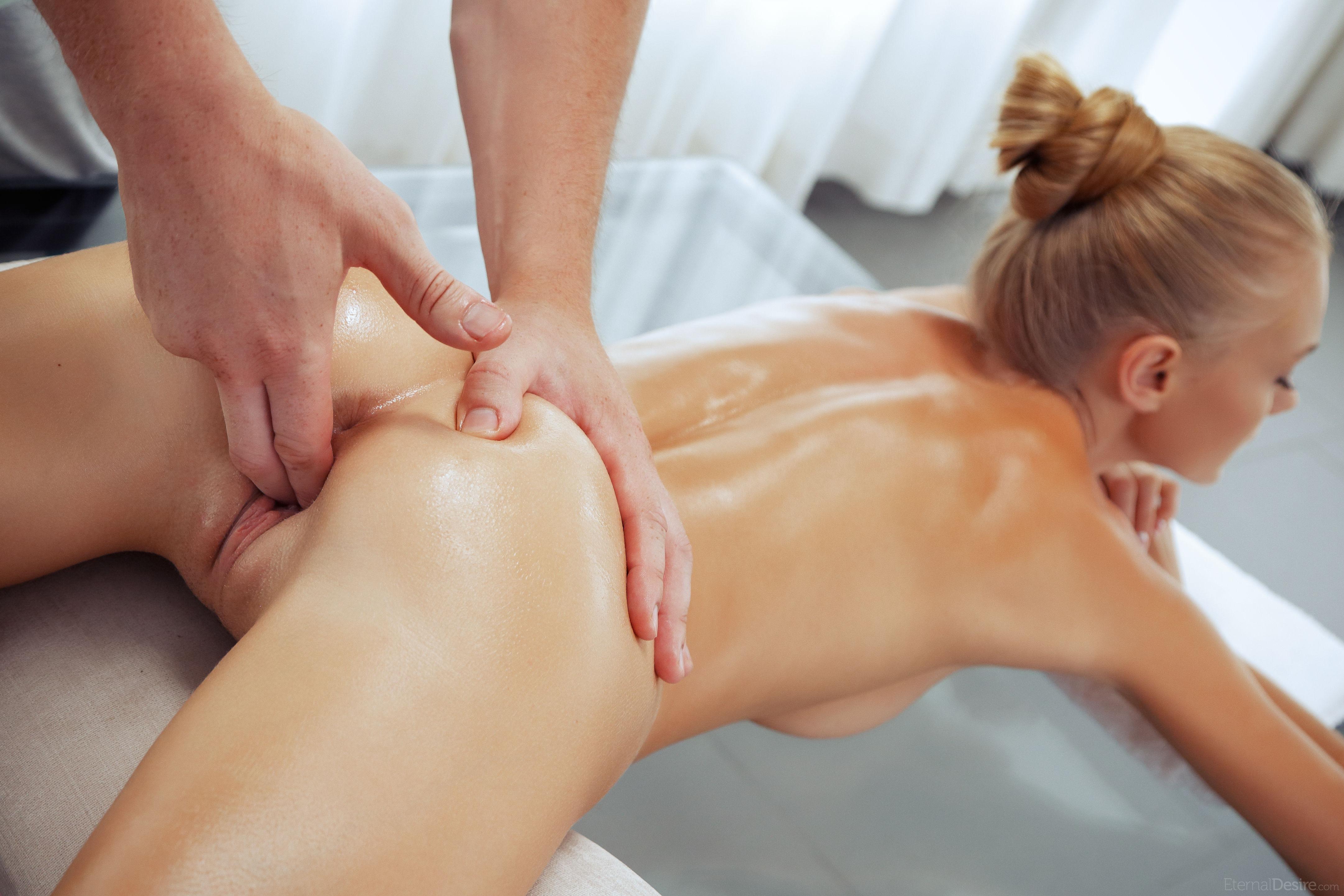 eroticheskiy-massazh-paltsami-video