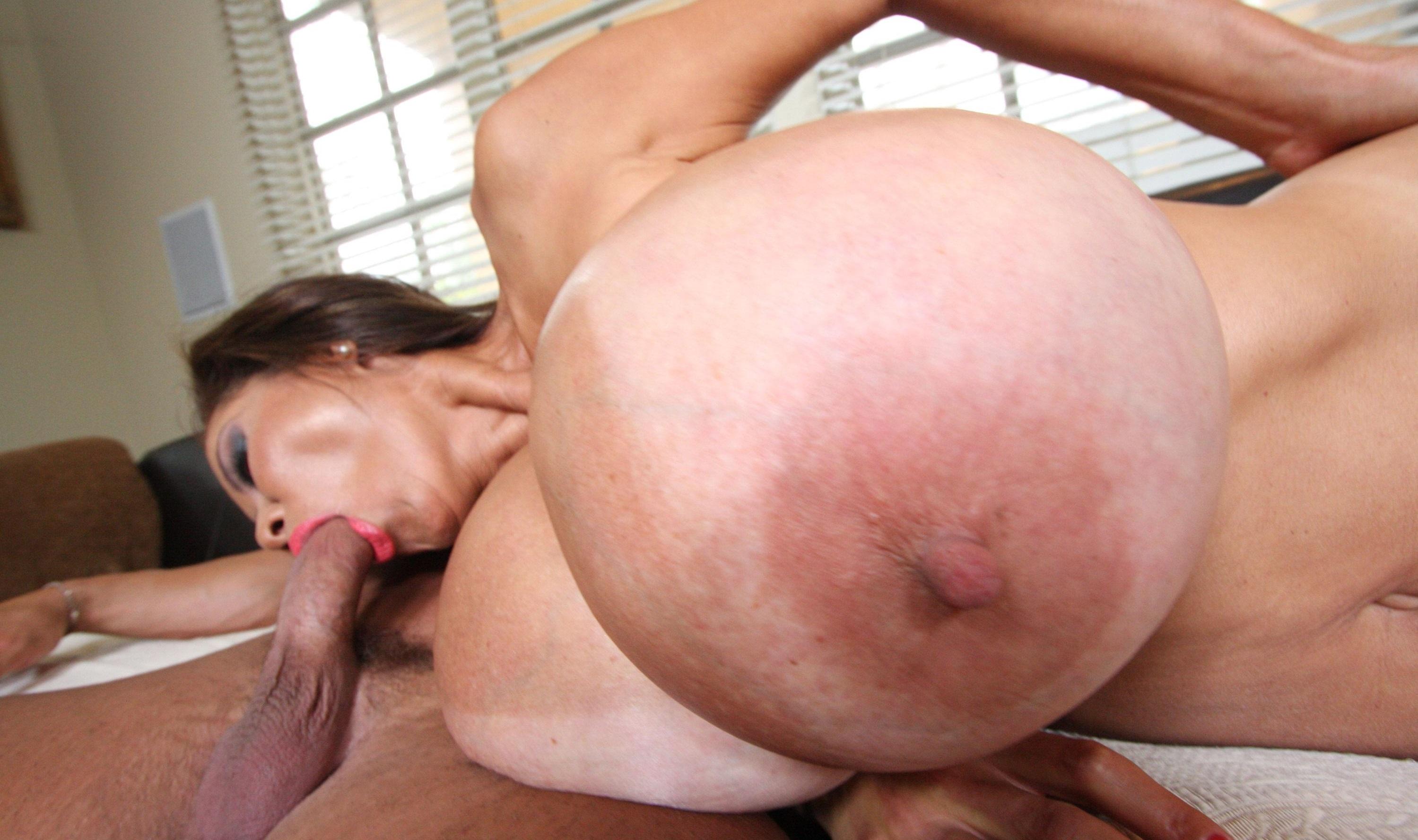 Титьки порно онлайн 36