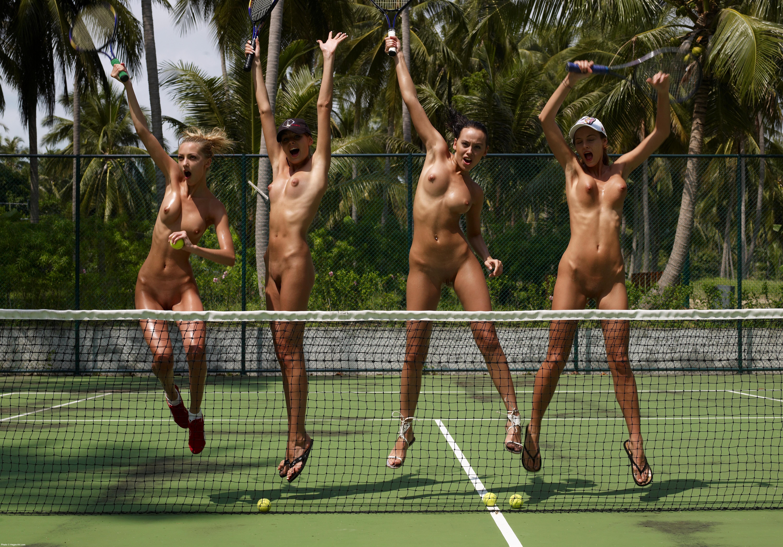 Теннис с голой жопой 10 фотография