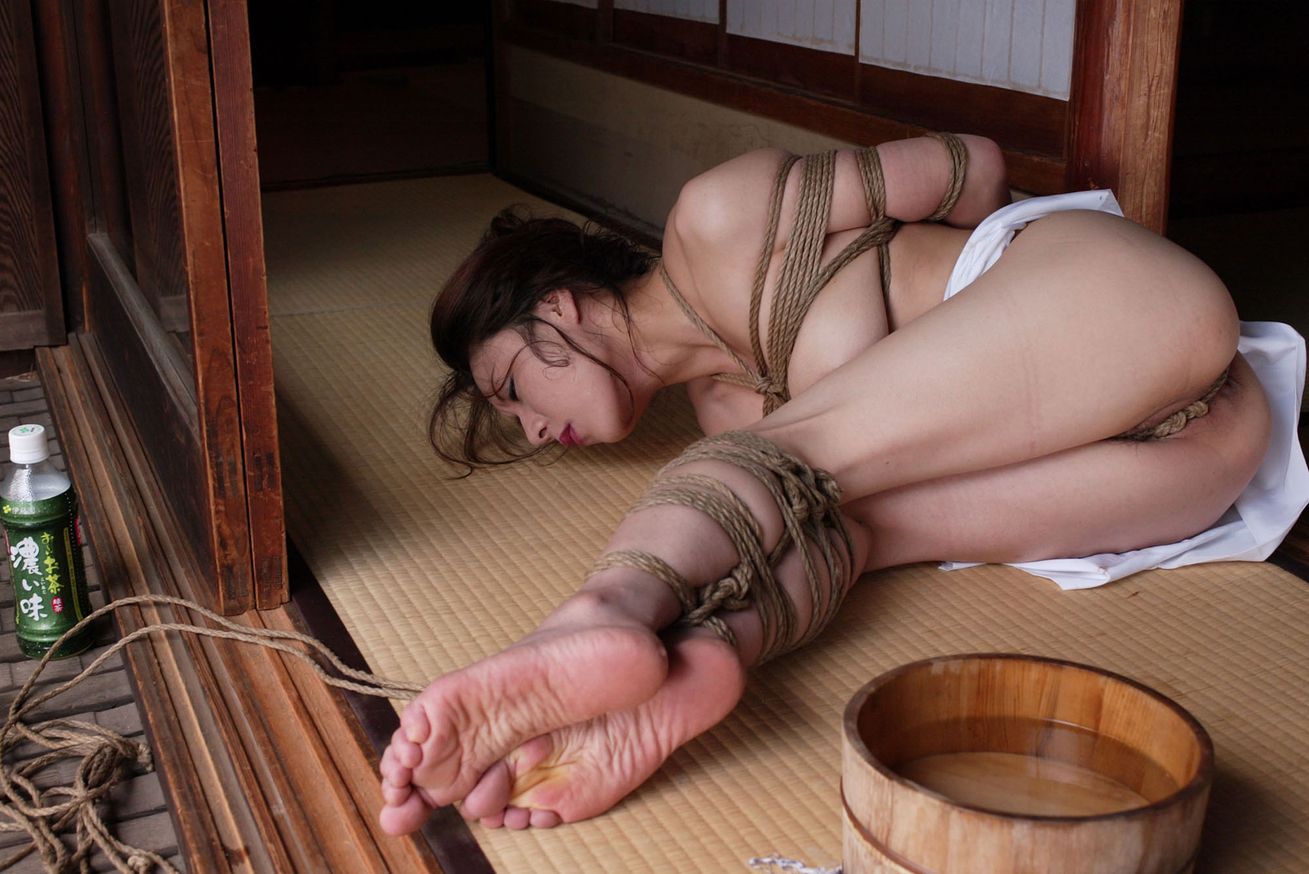 japanese pussy bondage