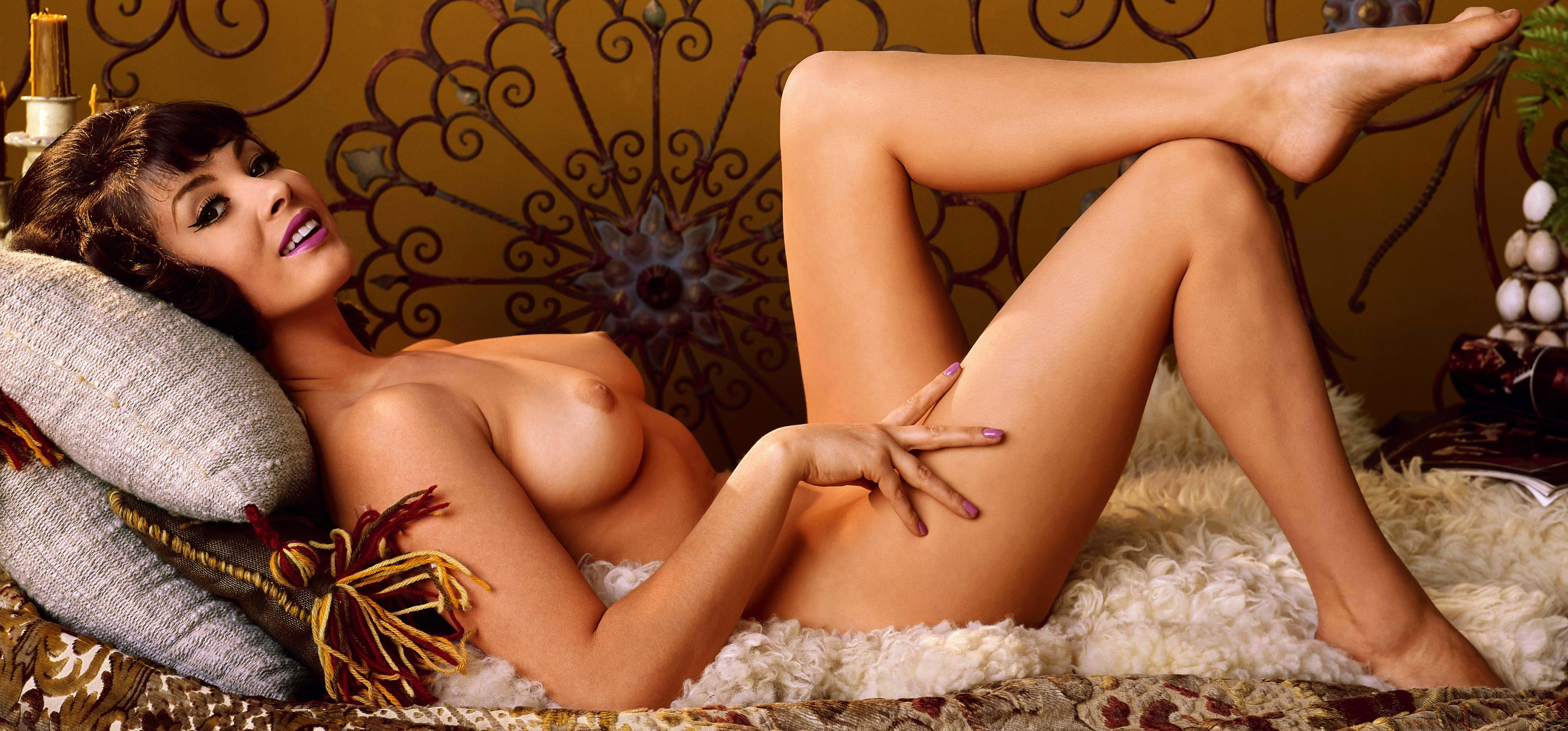 фото голых девушек плейбоя официальный сайт