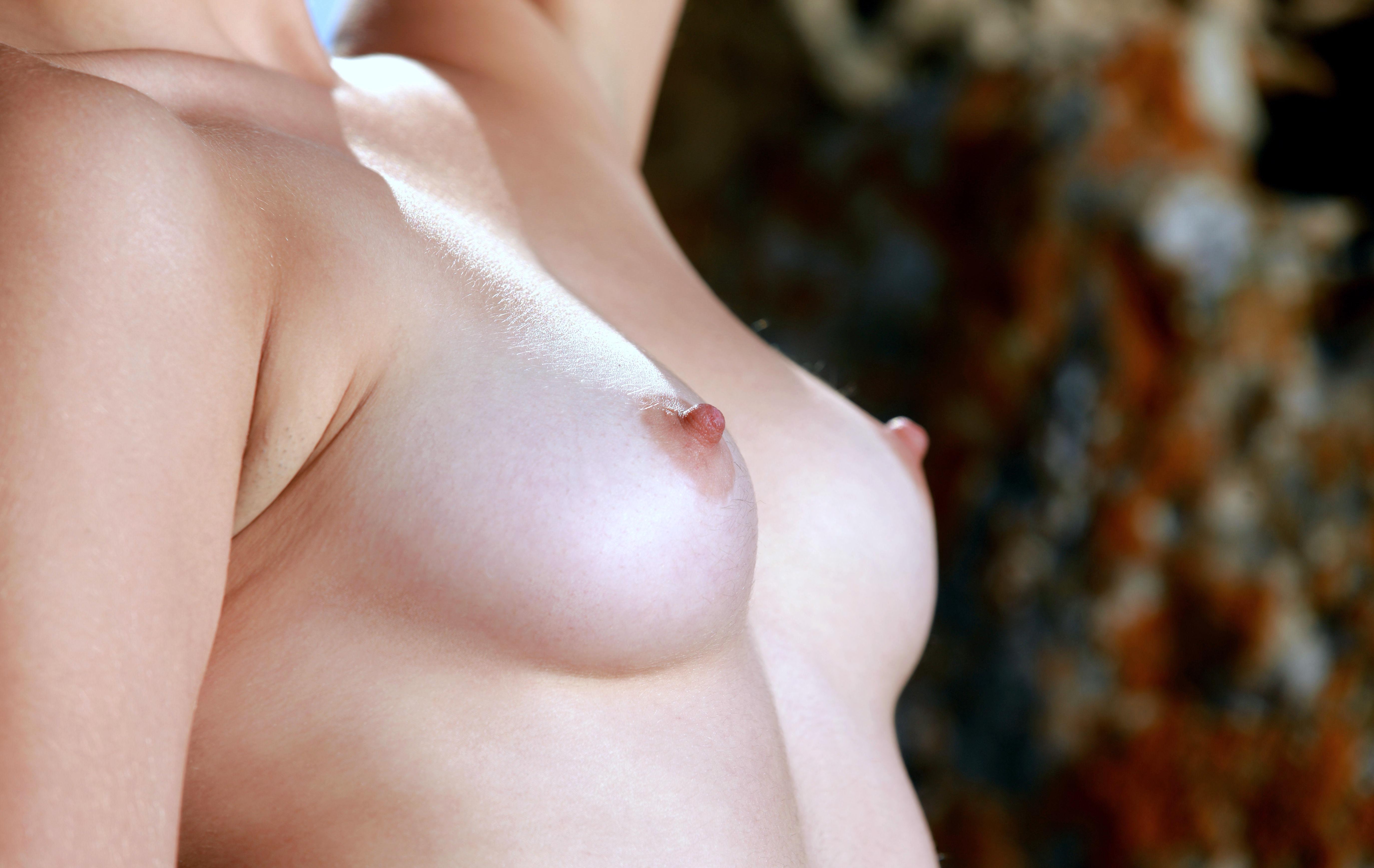 Wallpaper Alma J, Naked, Closeup, Tits, Hard Nipples, Hi-Q -8489