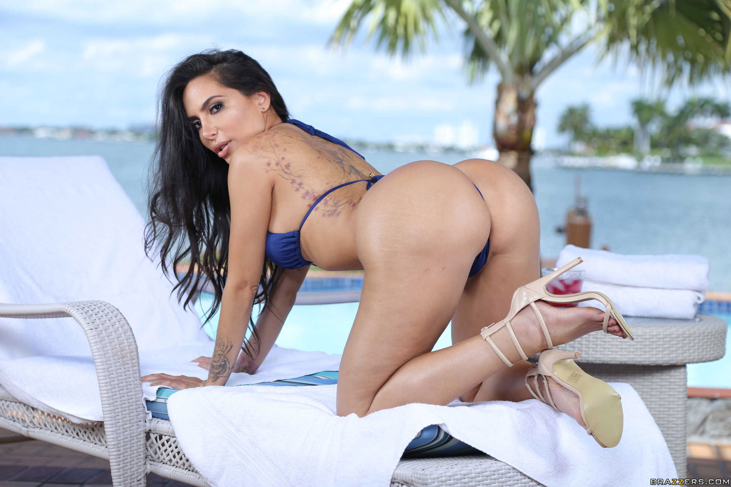Wallpaper lela star, bikini, ass, beach, big ass, brunette ...