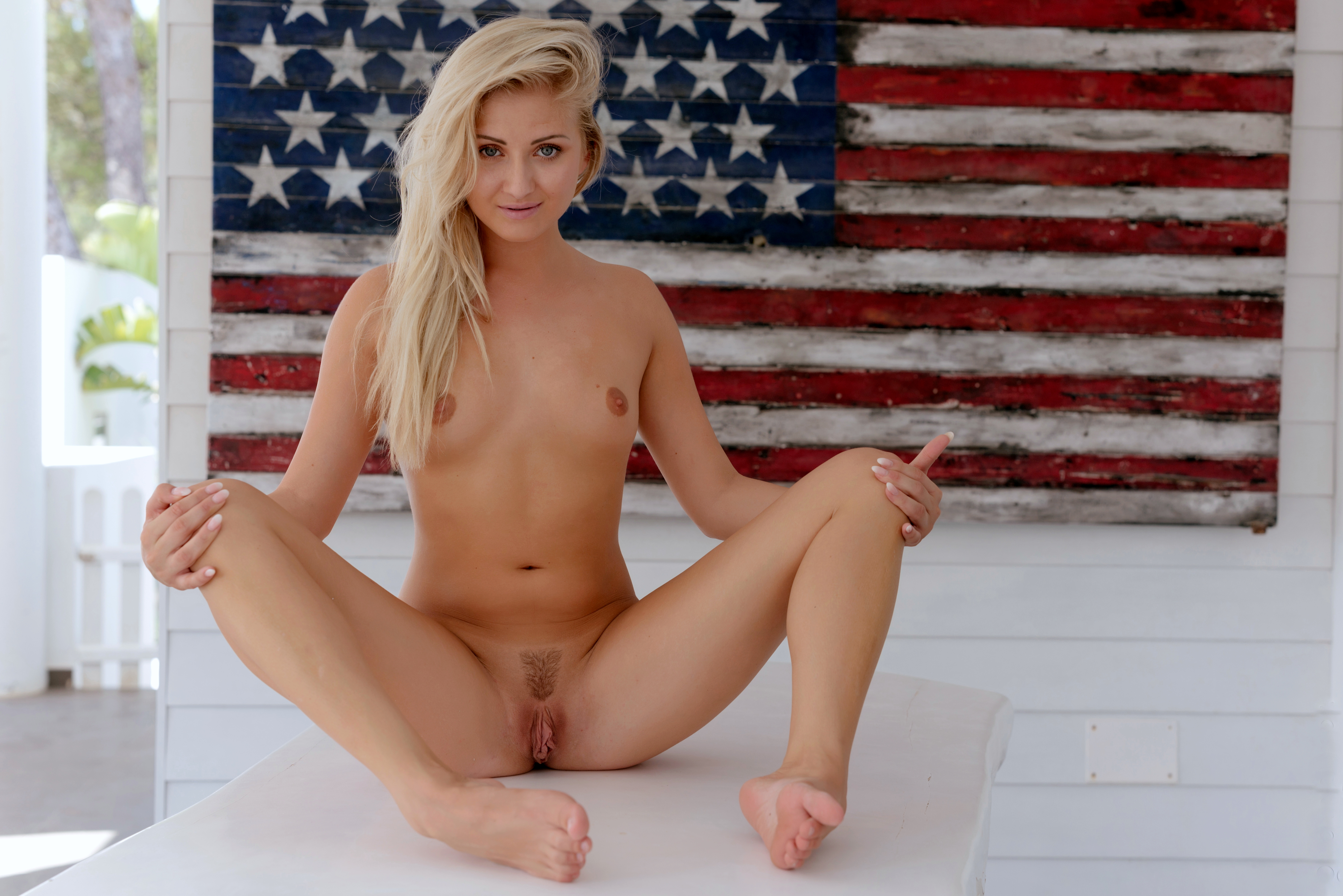 Excellent Sexy patriotic blonde nude apologise, but