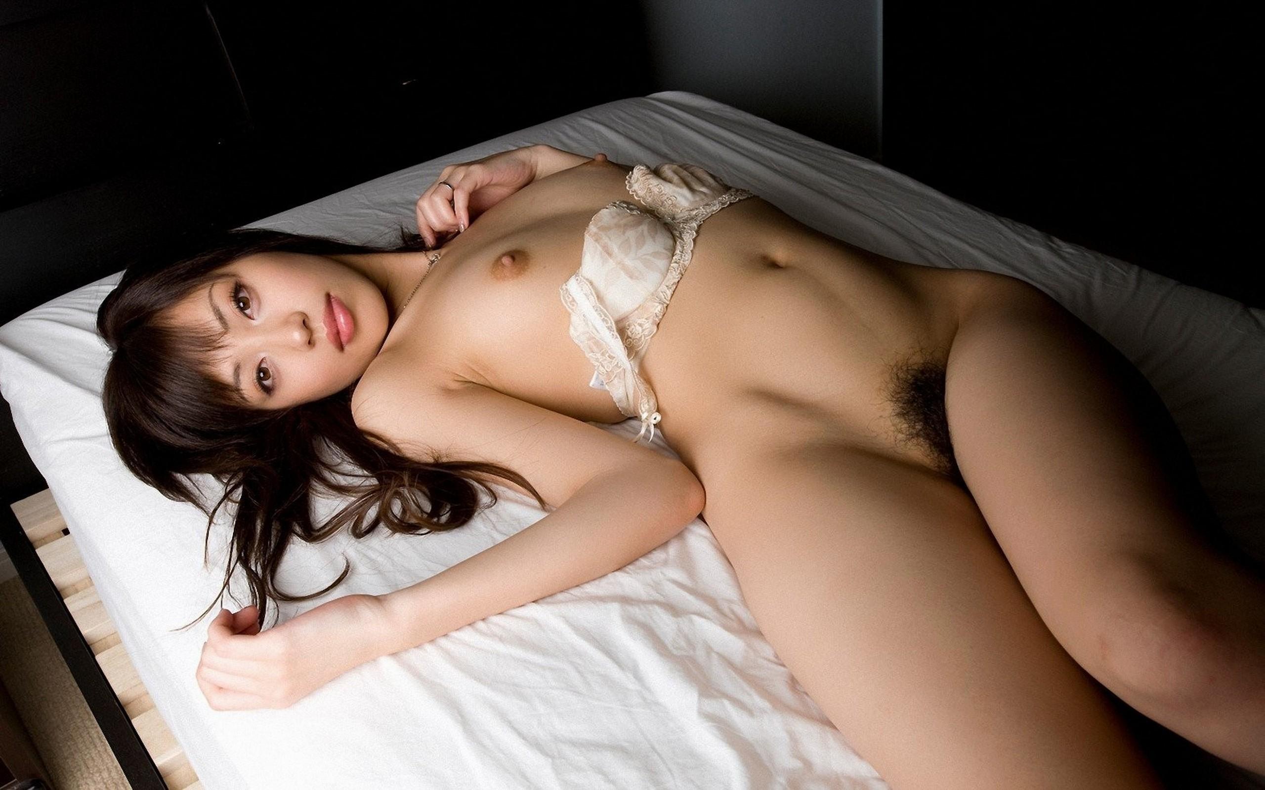 Фото эро азиатки