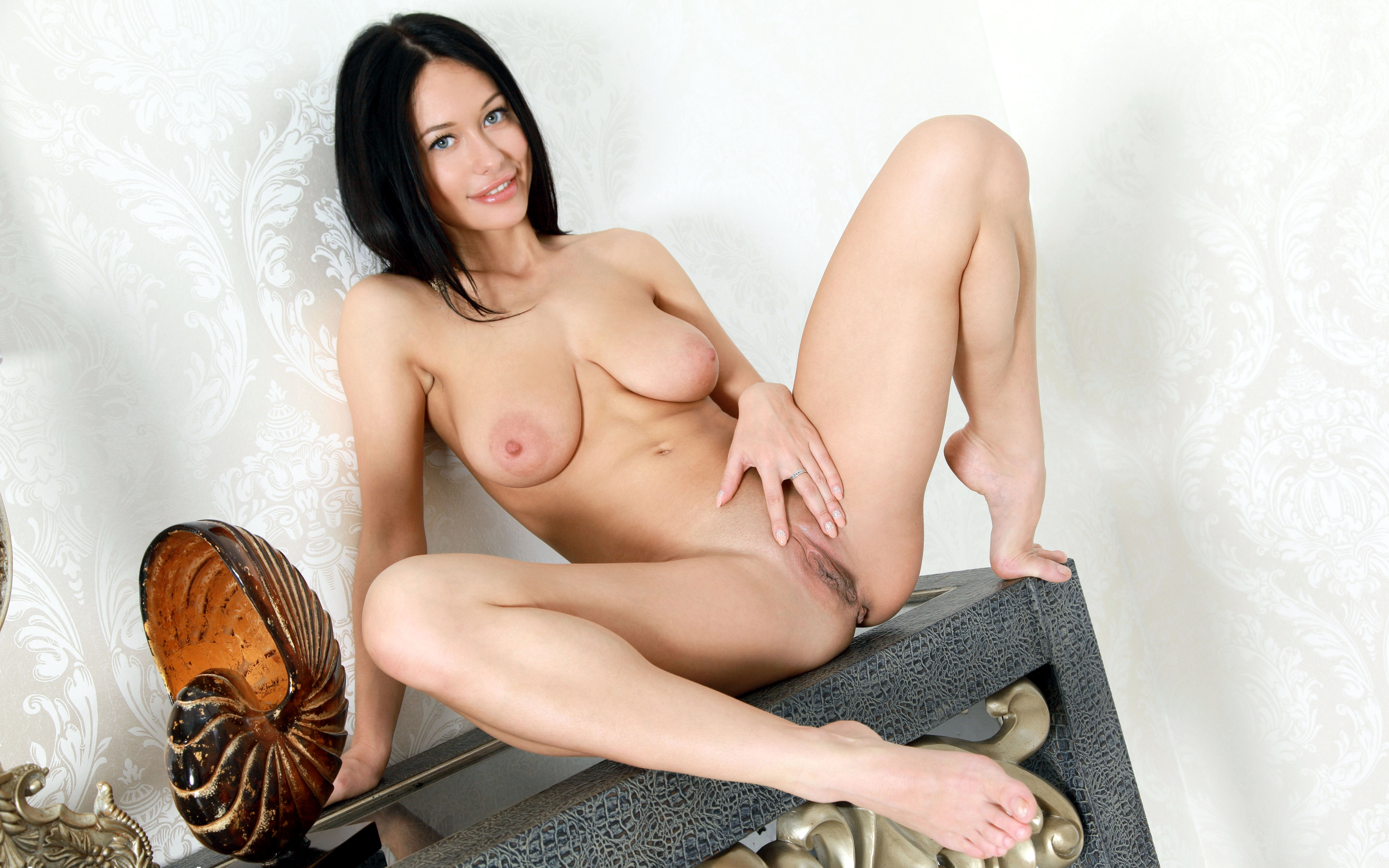 Nude women spread pussy free will