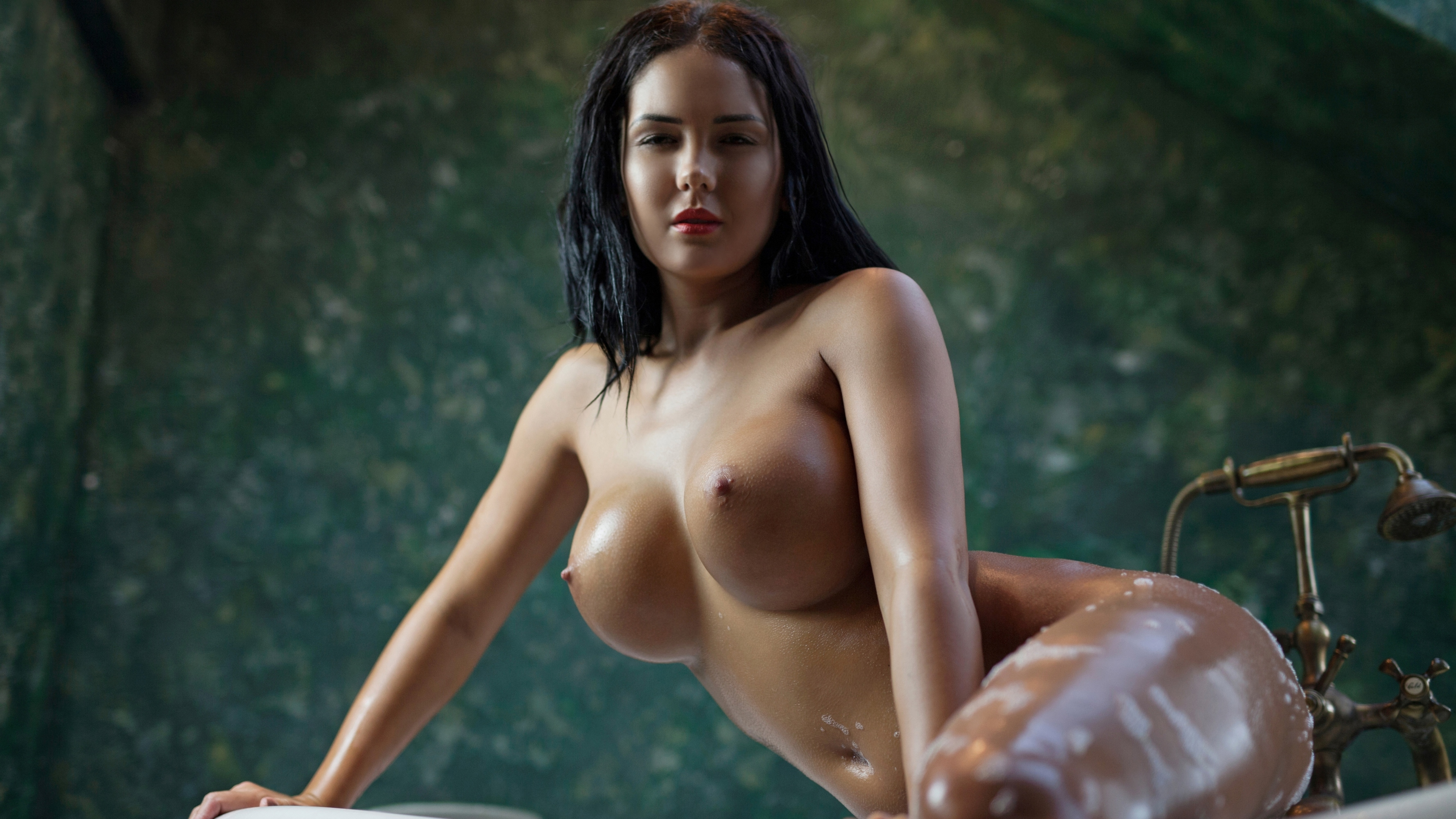 colombian women boobs naked