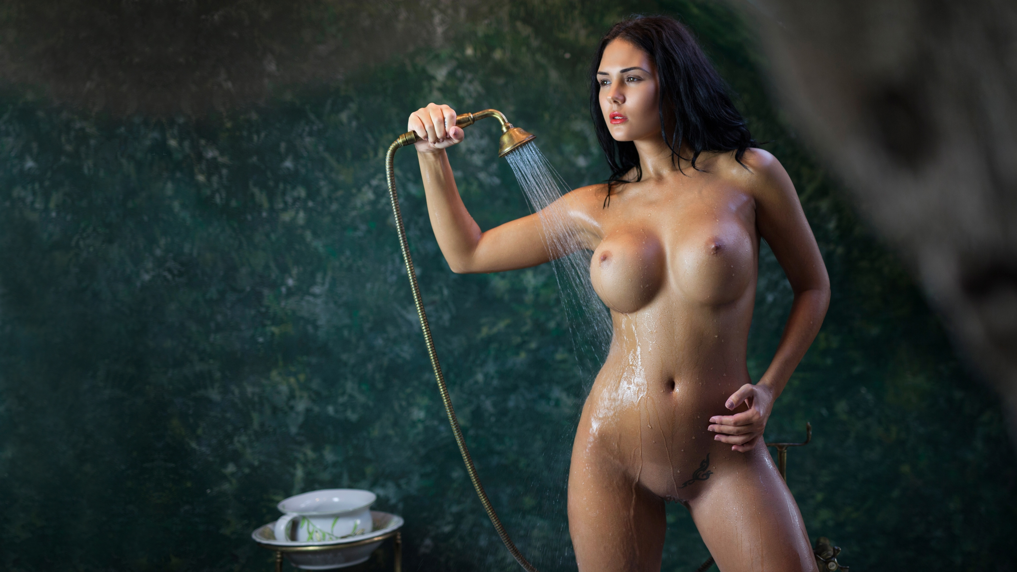 Imagine getting Amature shower fun with squirting nice woman who