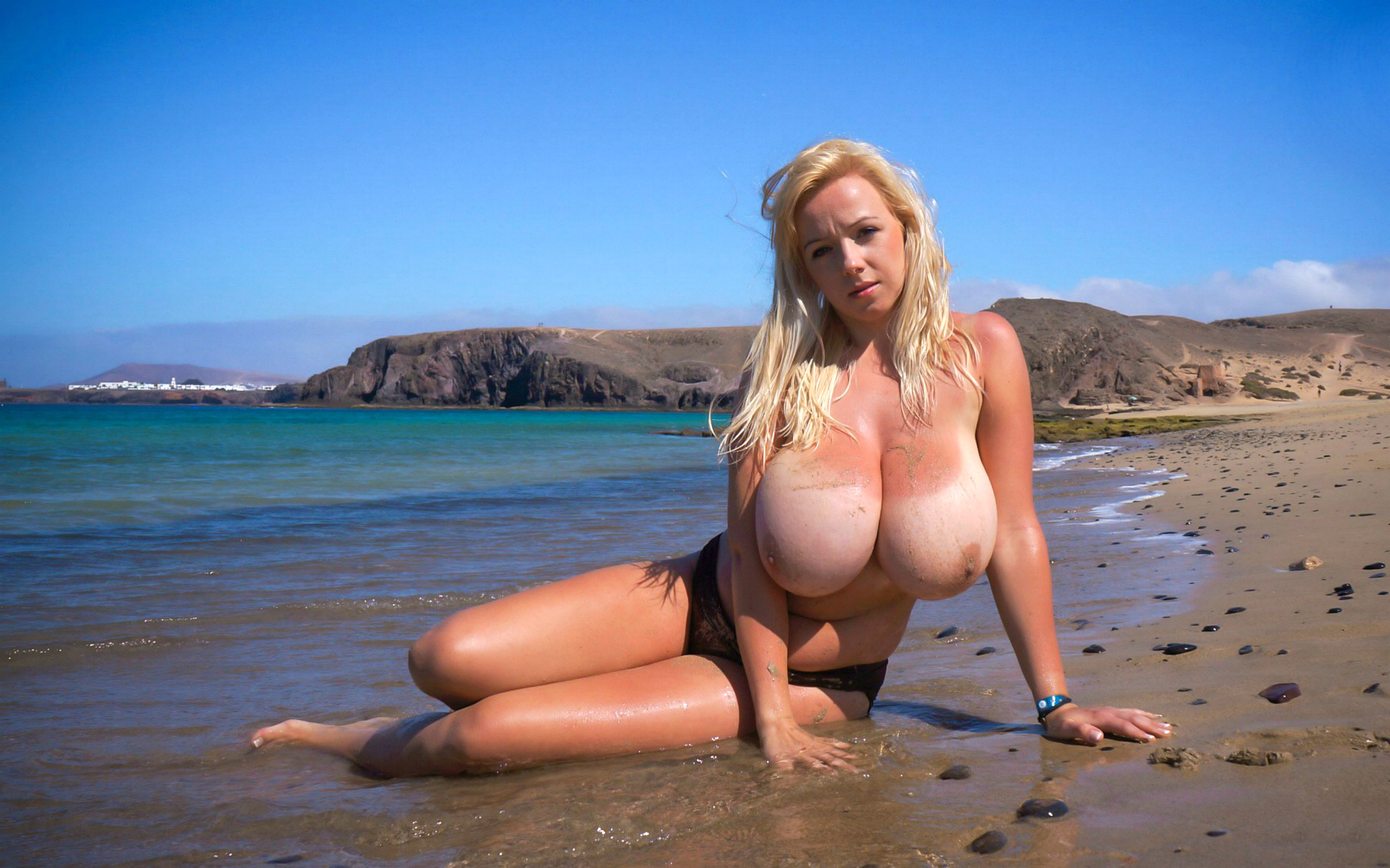 Wallpaper Model, Blonde, Beach, Topless, Huge Tits, Duana -2101