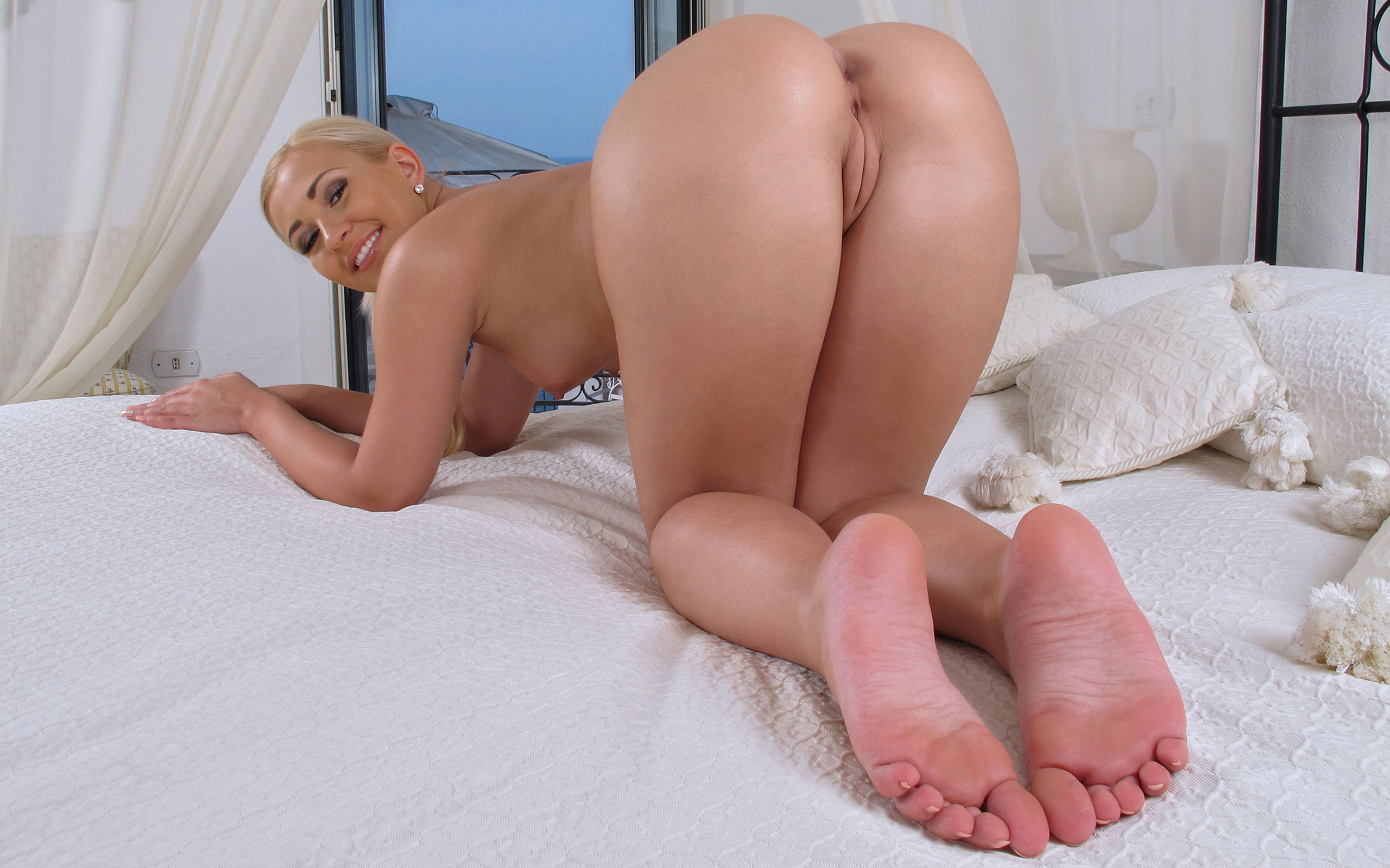 wallpaper tracy delicious hot ass pussy cunt labia