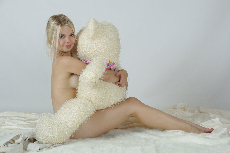 teddy bear teen nude