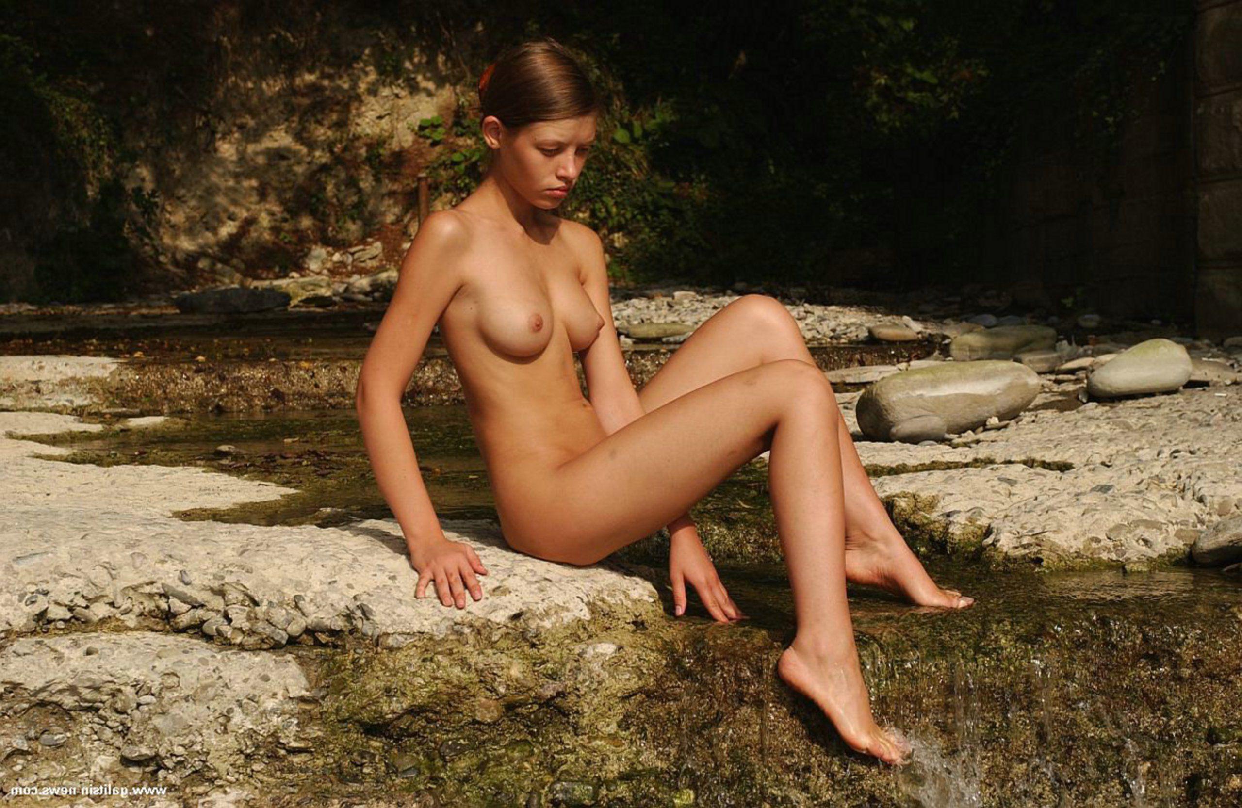 Arizona naked young girl — 4