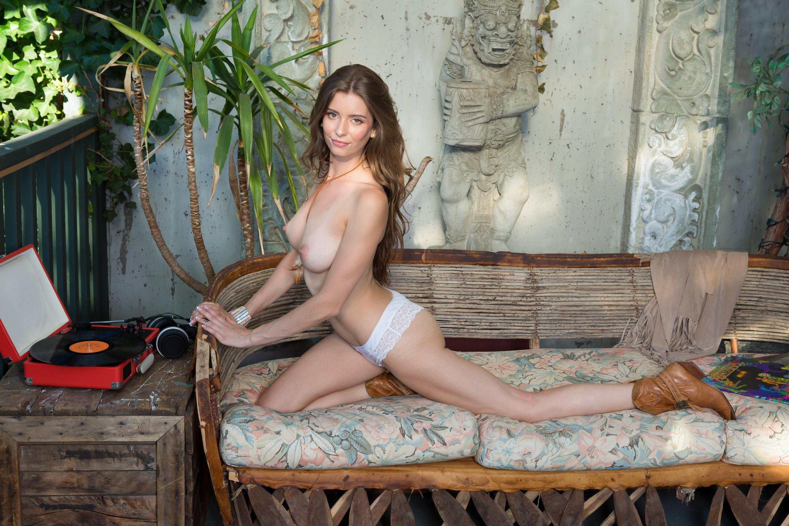 Playboyplus lauren lee love babe bizarre ultra free pornpics sexphotos xxximages hq gallery