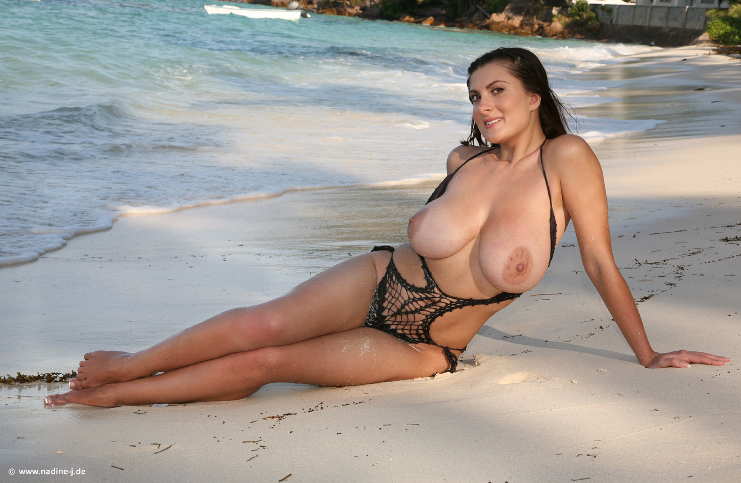Wallpaper Valory Irene, Beach, Milf, Natural Big Tits -1242