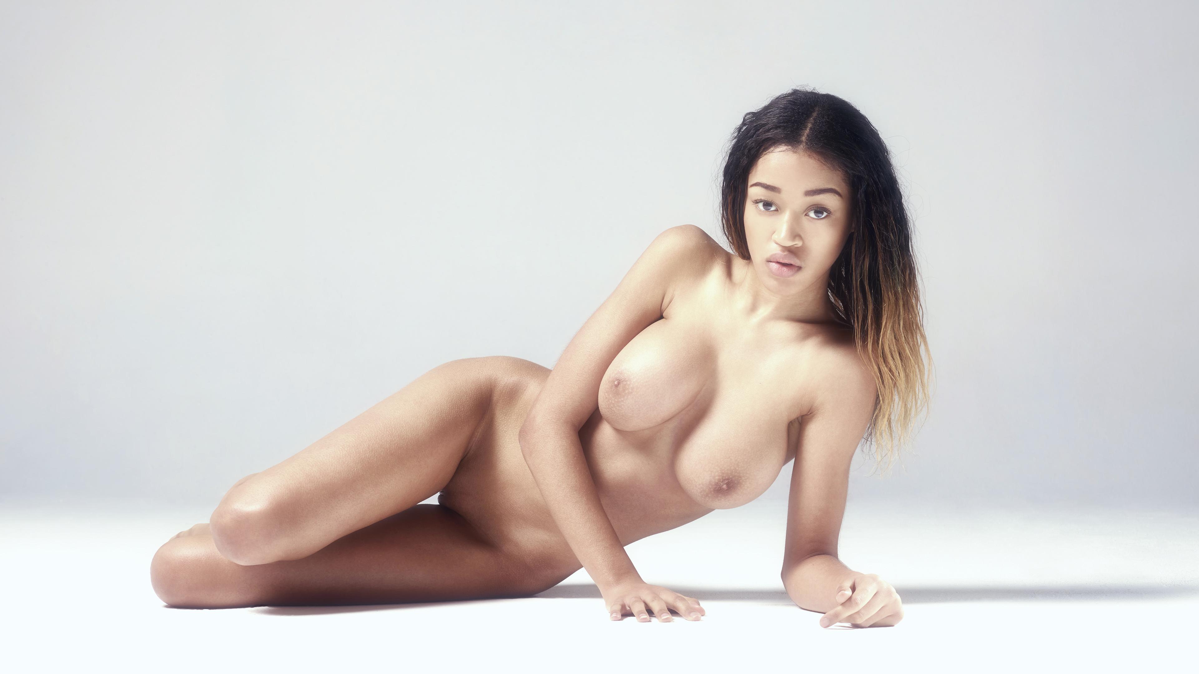 Mona hegre art nude
