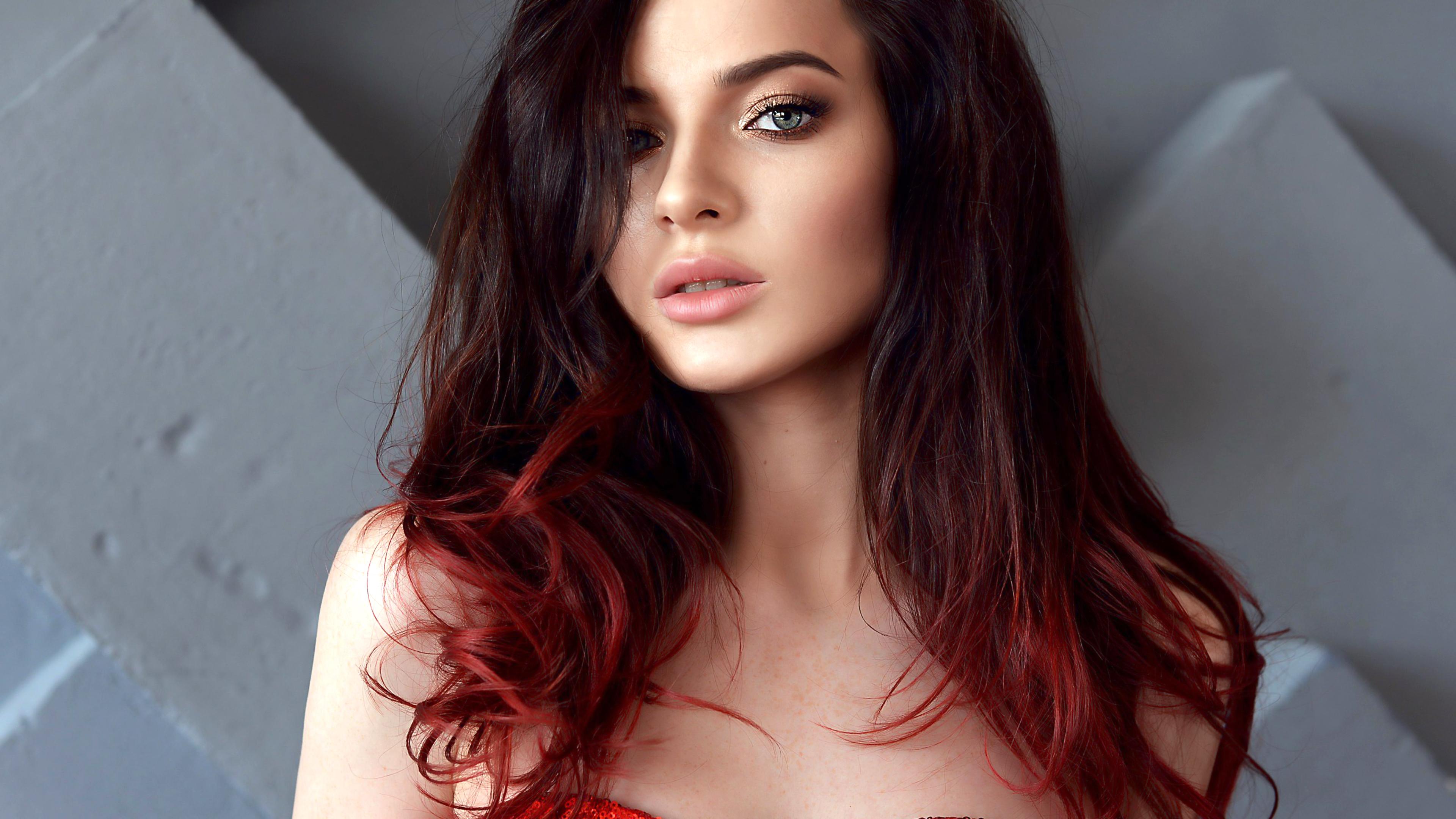 Download photo 1680x1050, model, pretty, babe, green eyes ...