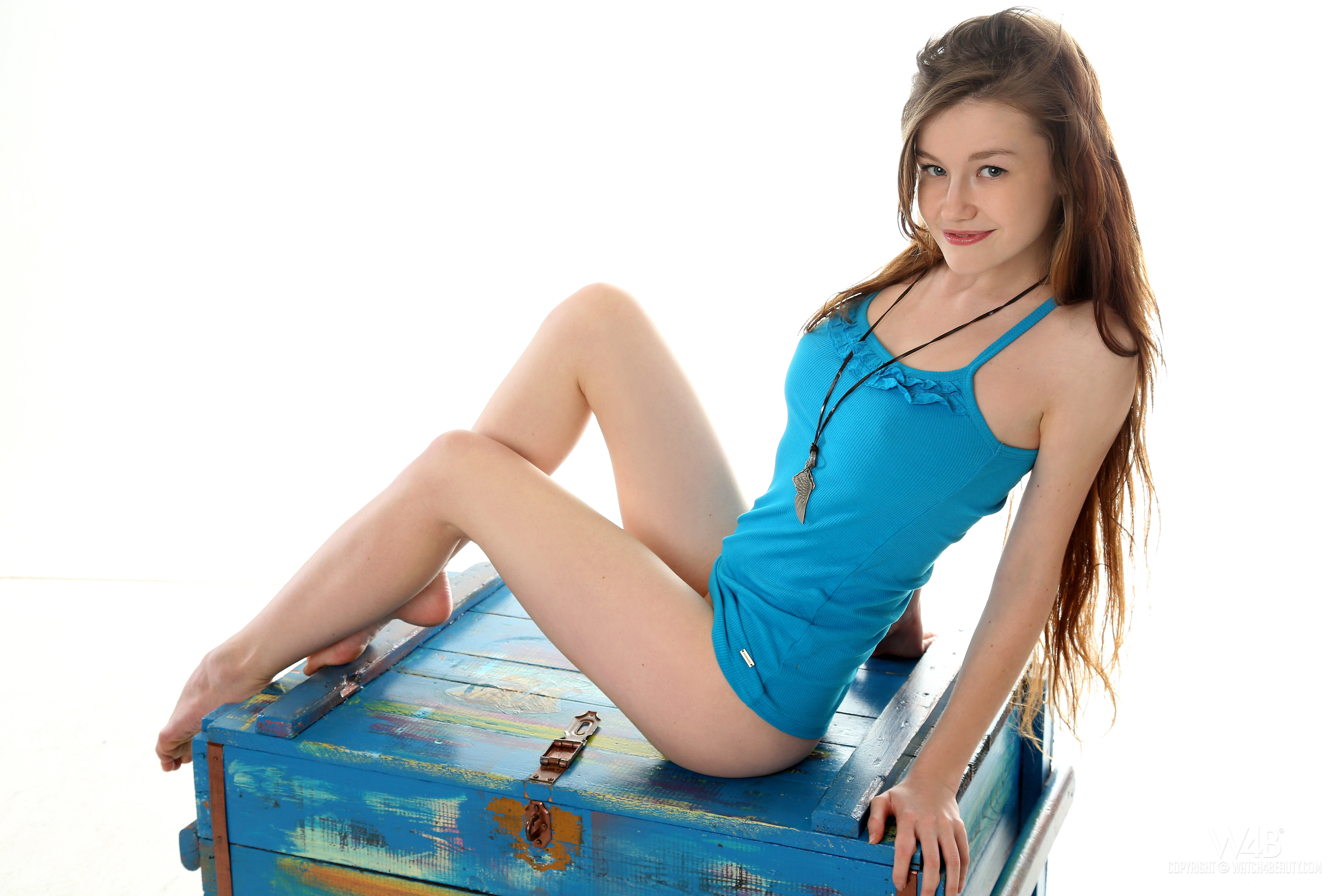 Download Photo 5760x3840, Emily Bloom, Emily, Anne T