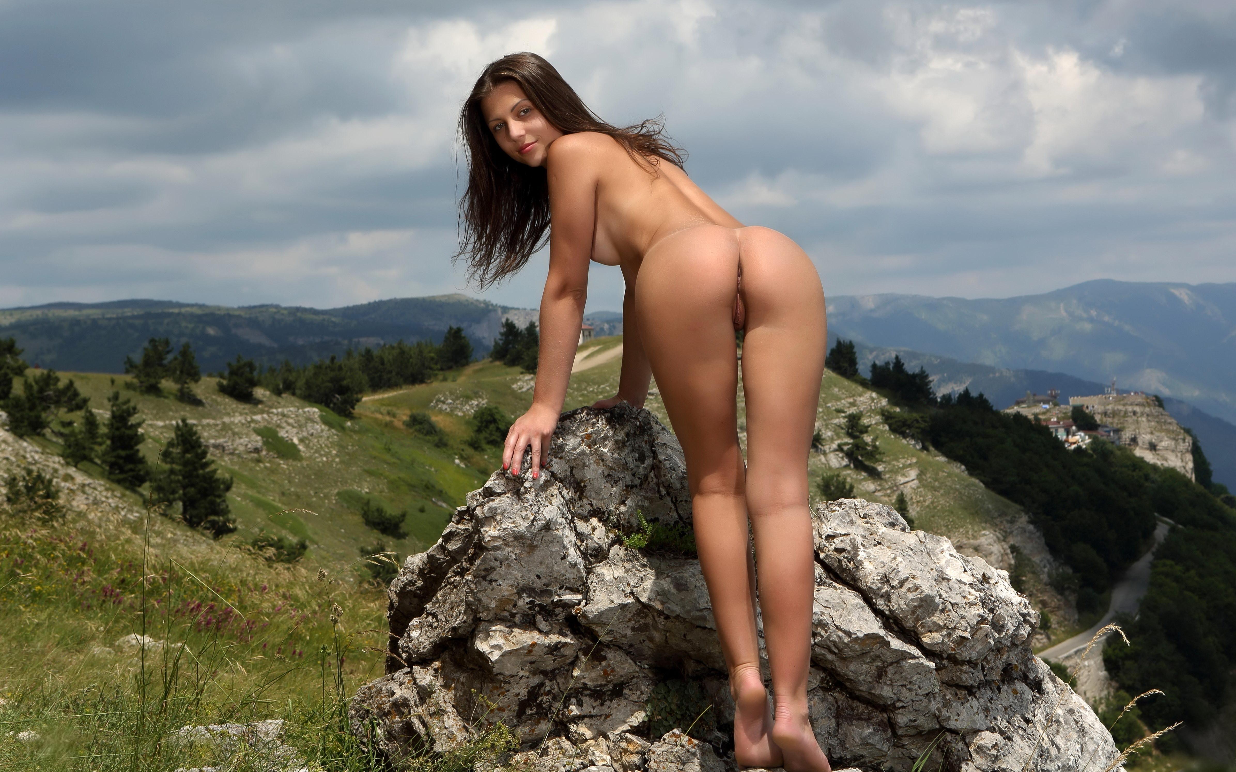 Bareback mountain sex scene