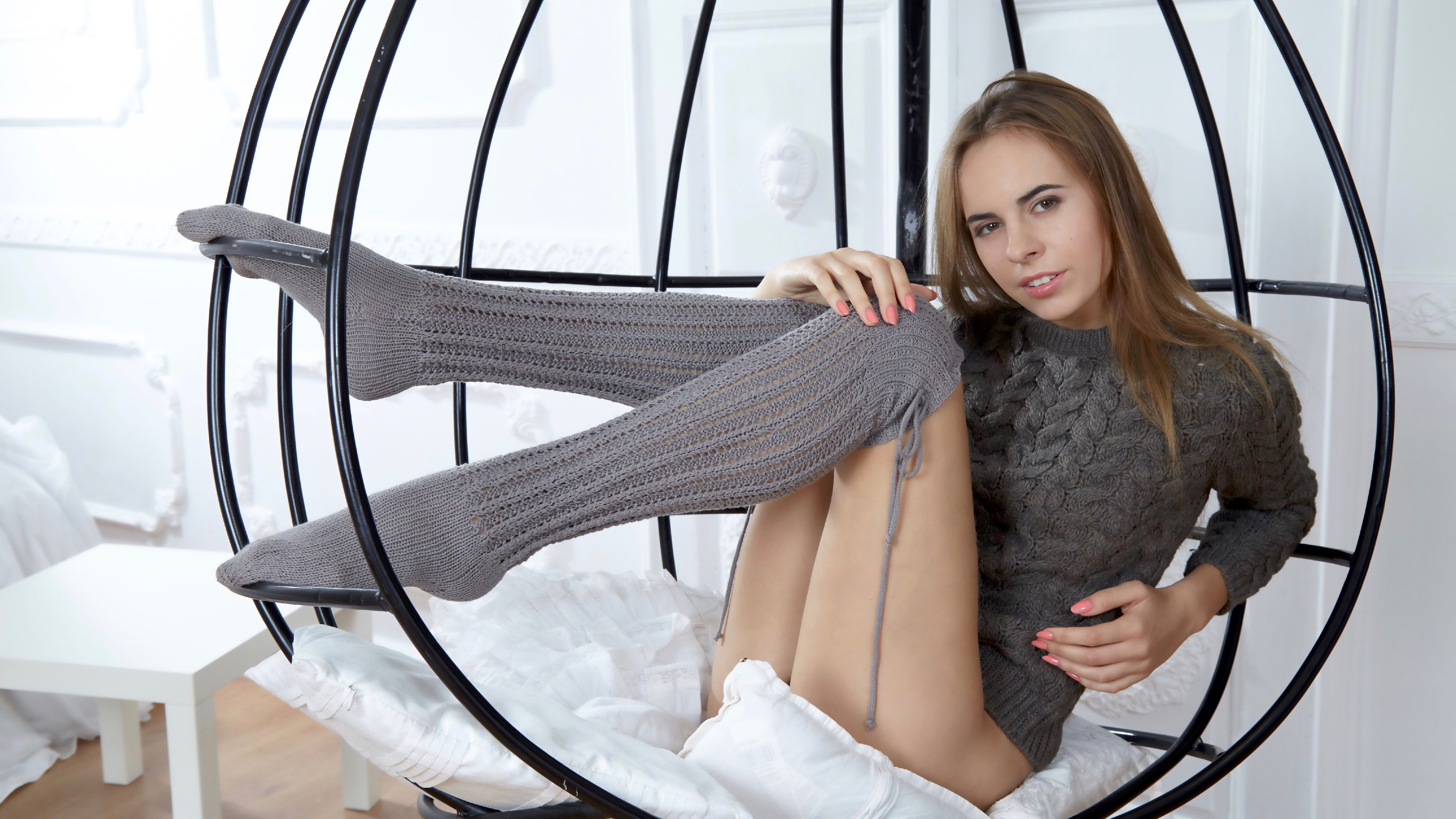 Brunette cutie Ivy Winters giving a blowjob in cute knee socks  1655744