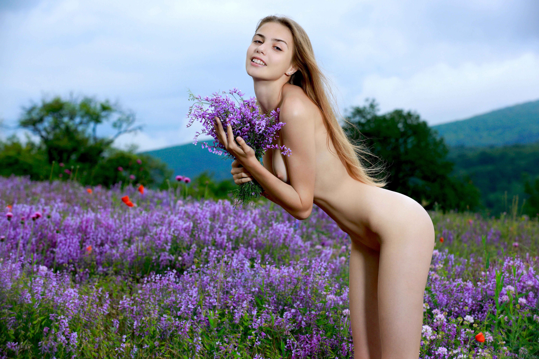Alexis dziena broken flowers broken flowers beautiful celebrity sexy nude scene