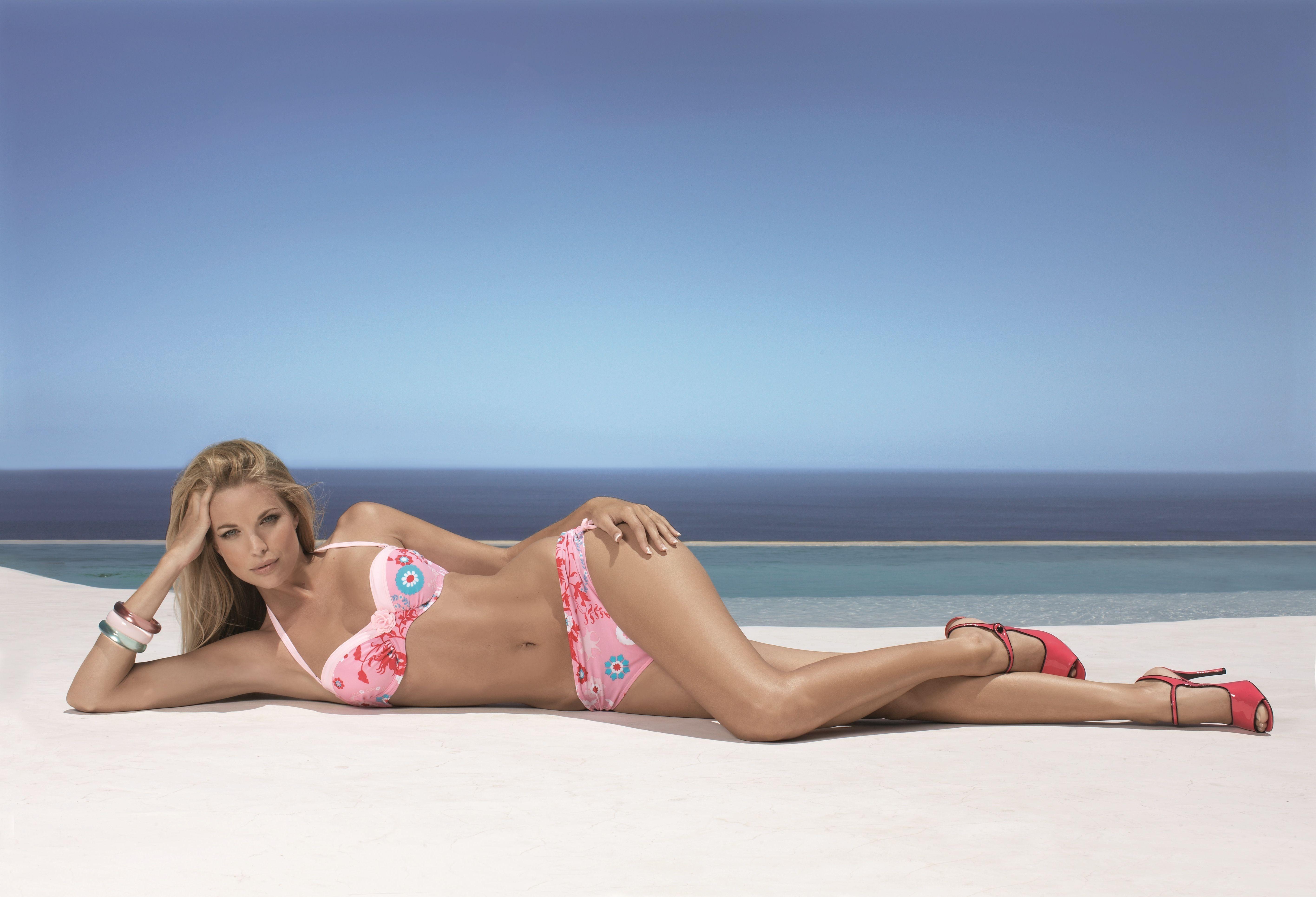 Download photo 5665x3860, blonde, bikini, brooklyn decker ...