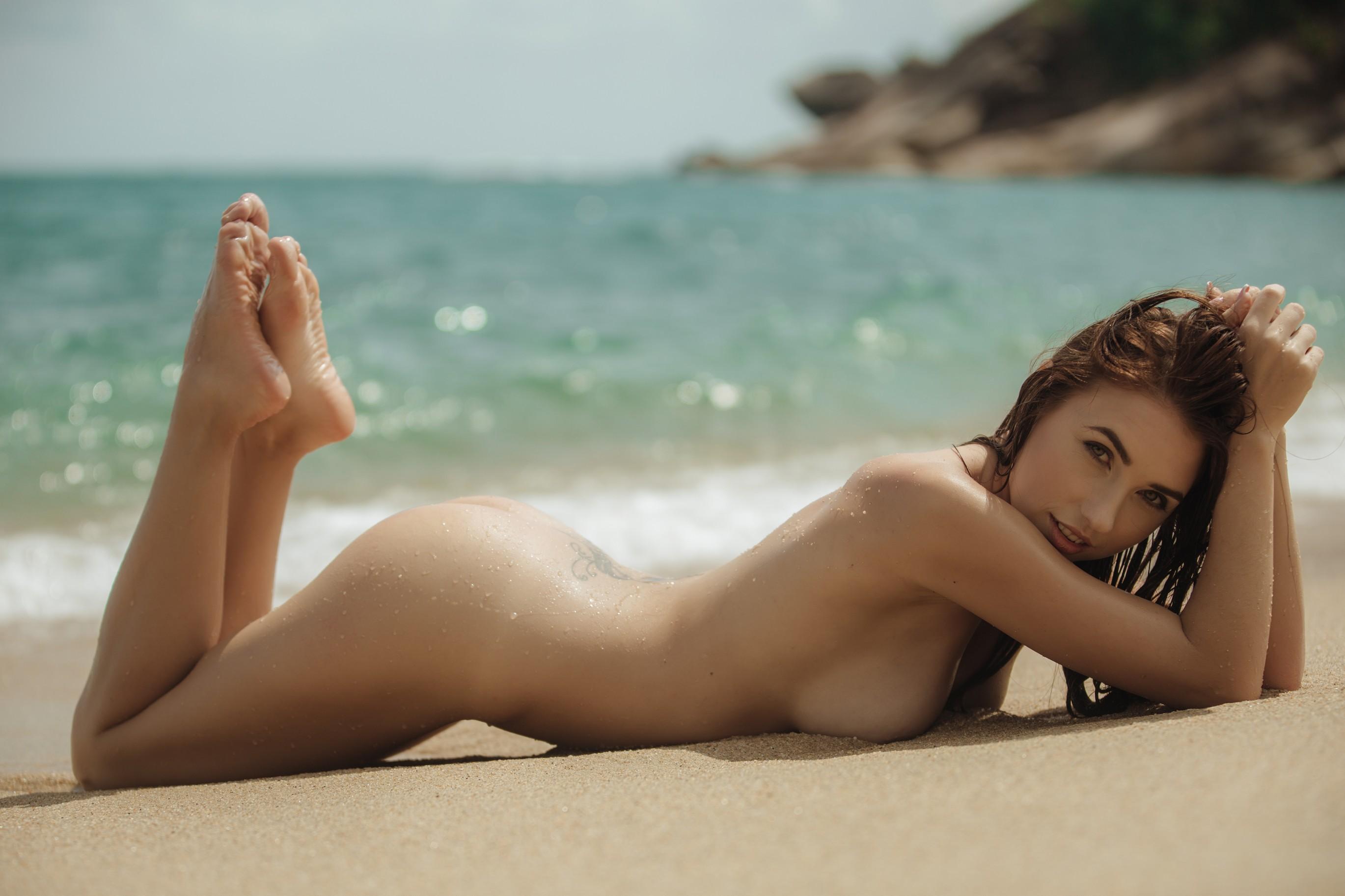 Finest Sexy Naked Desktop Pics