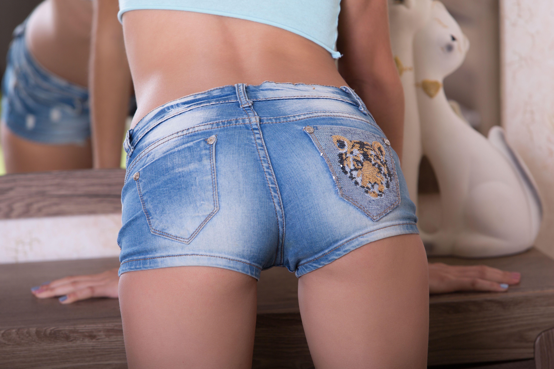 Sexy ass shorts
