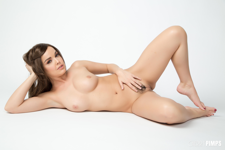 Valerie leon topless marianne fucked
