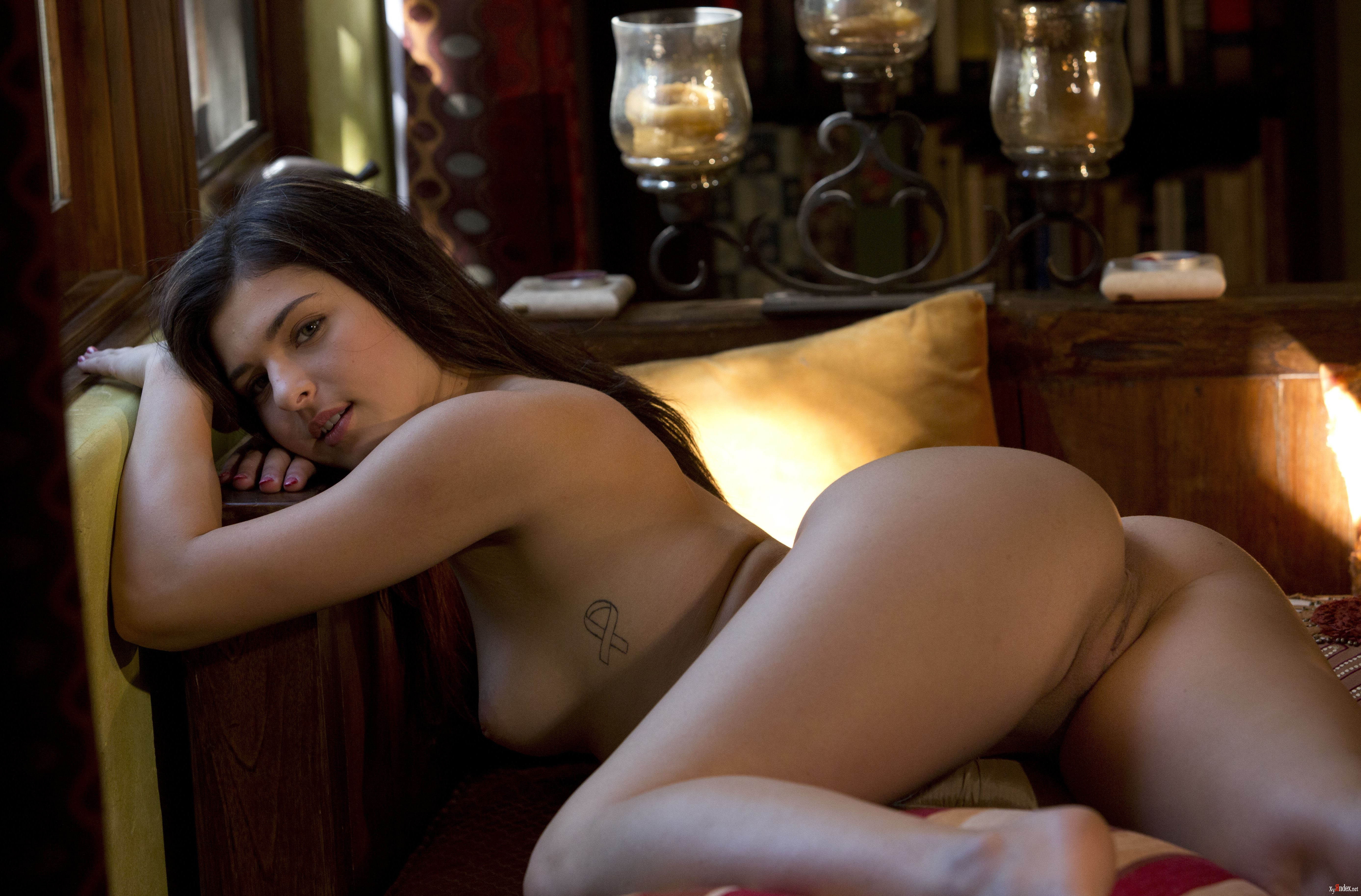 leah-jung-naked-pussy