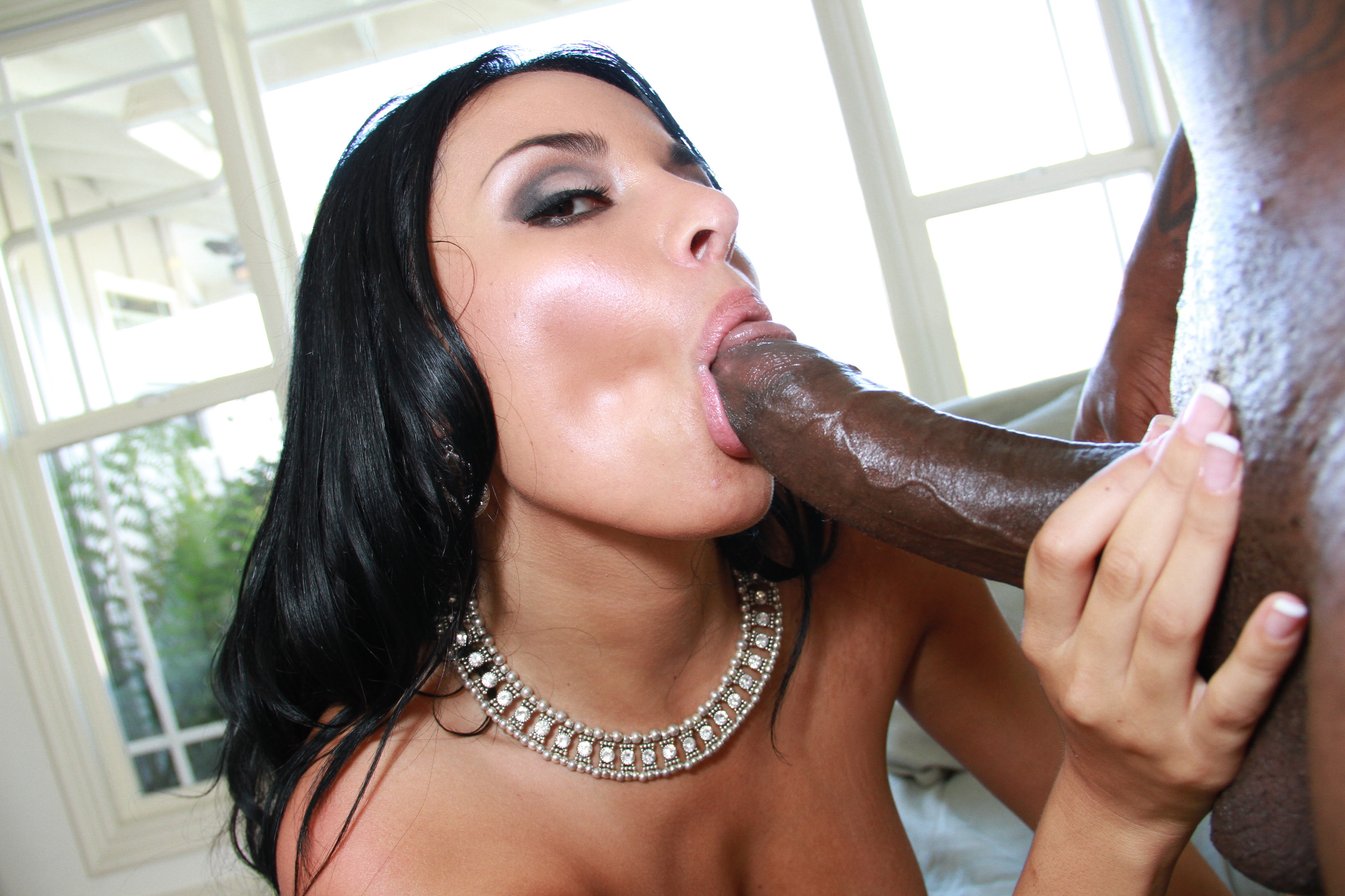 star-strong-woman-sucking-dick-bang-girl