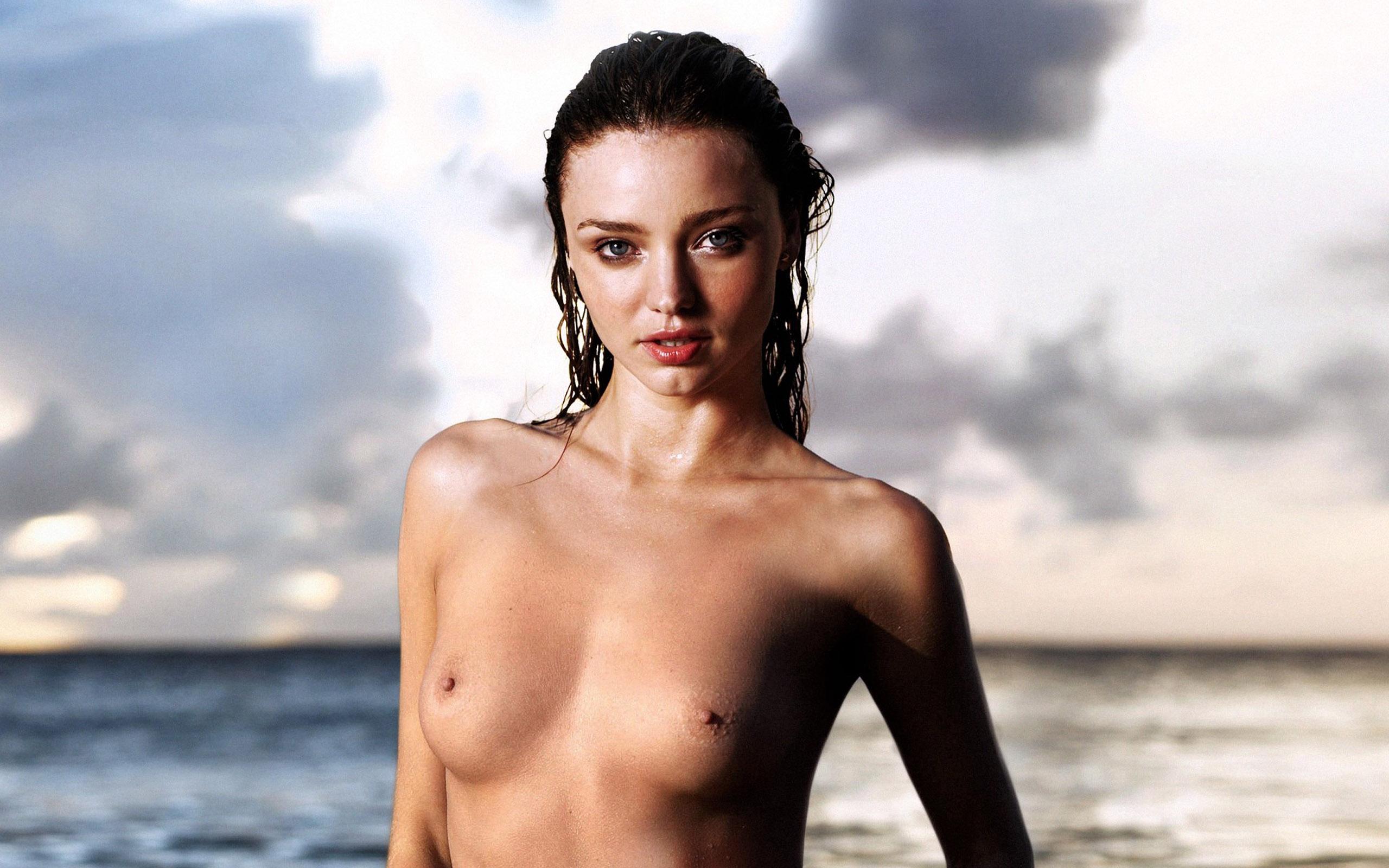 Miranda kerr breaks her silence on nude photos of her ex